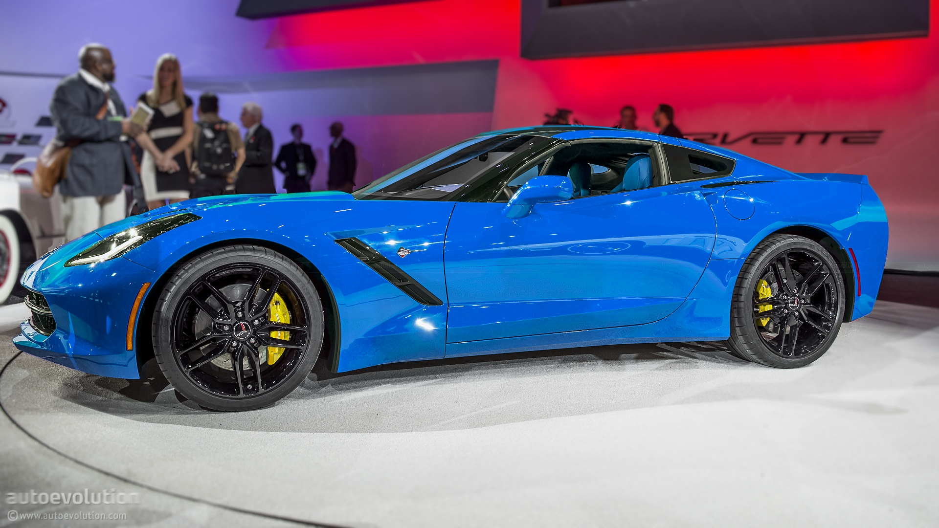 Edited Live Photo - Blue Corvette C7 Stingray #1/2