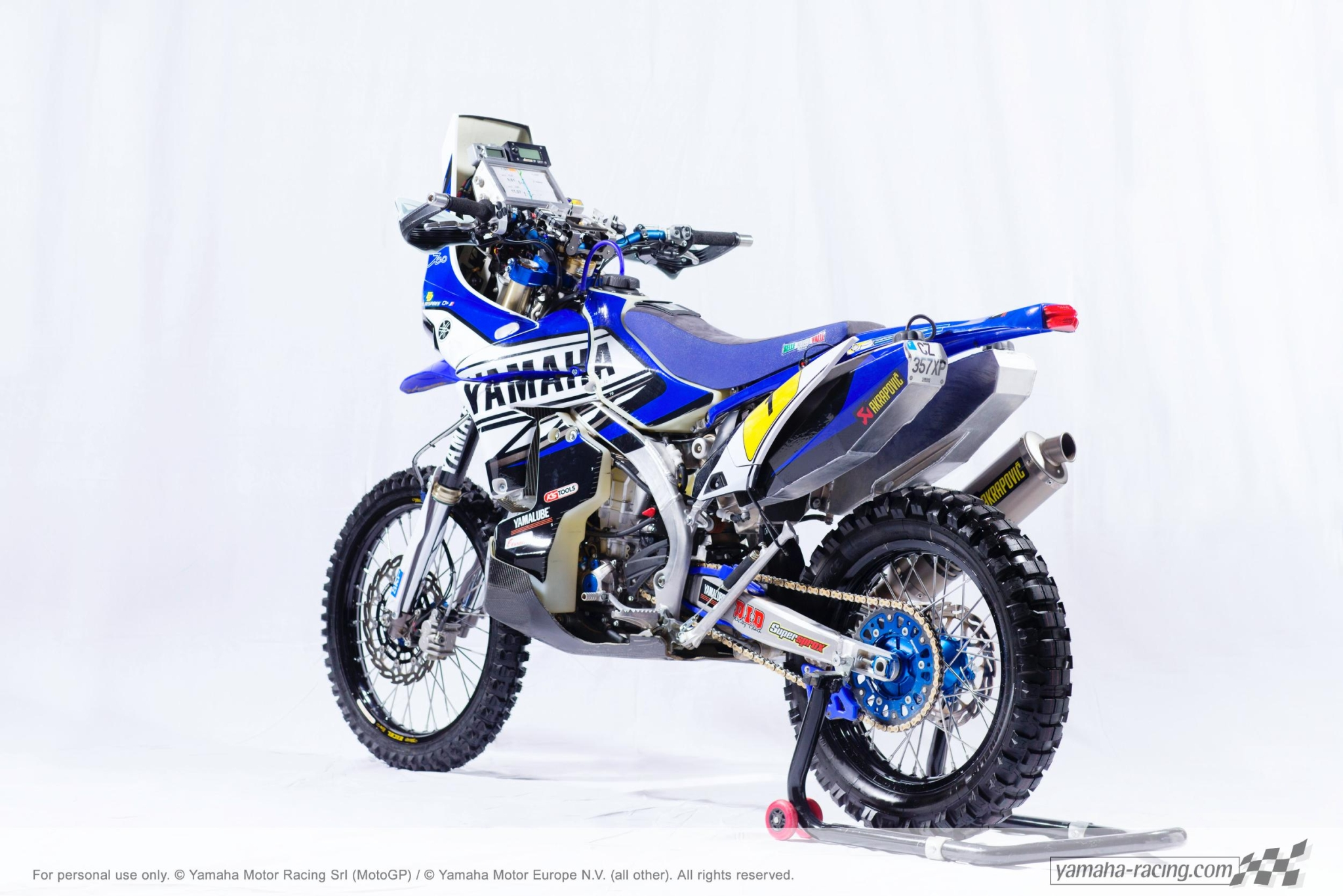 Dakar 2014 2014-dakar-yamaha-shows-despres-yz450f-rally-bike-photo-gallery_6