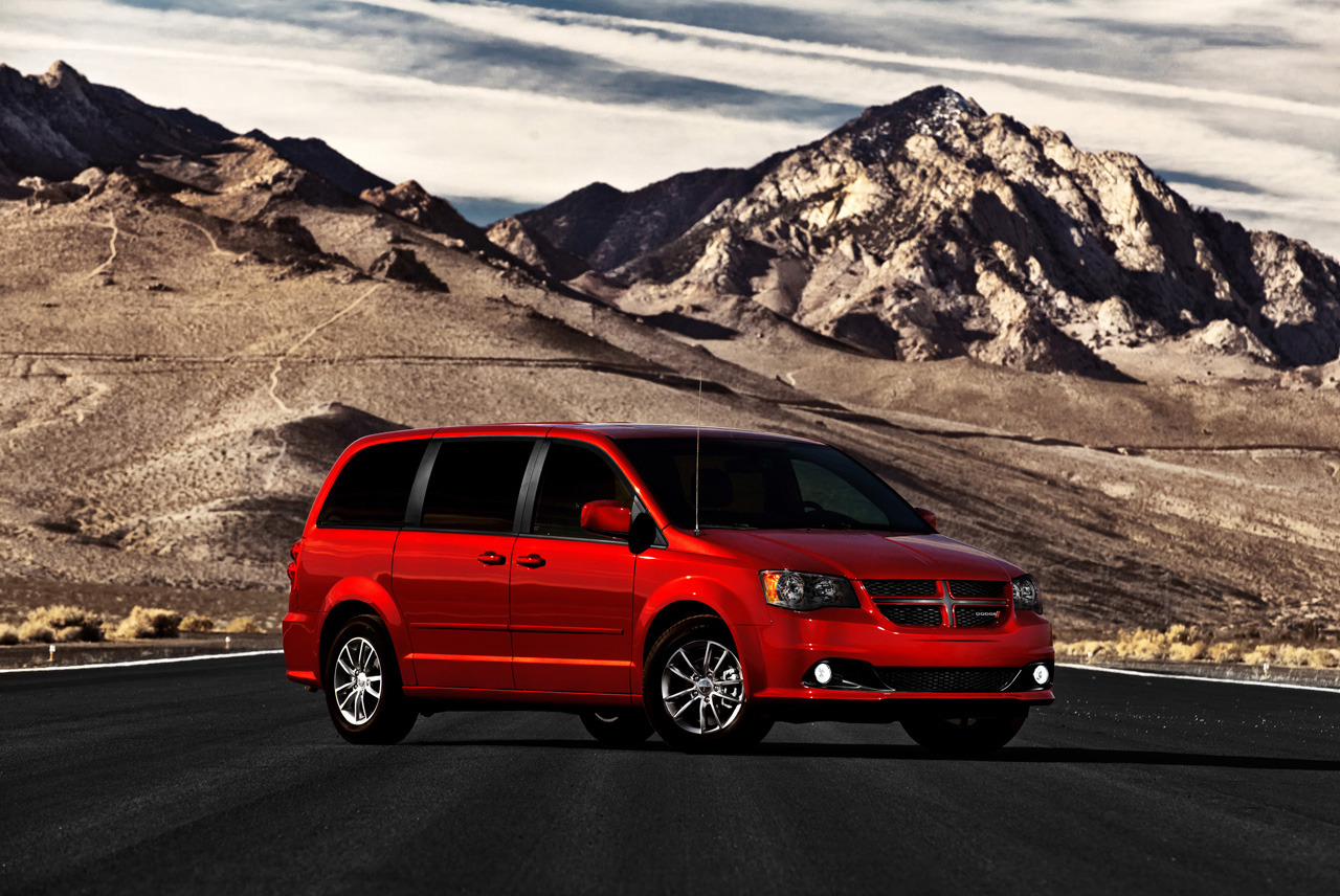 2014 dodge grand caravan 30th anniversary edition unveiled autoevolution. Black Bedroom Furniture Sets. Home Design Ideas