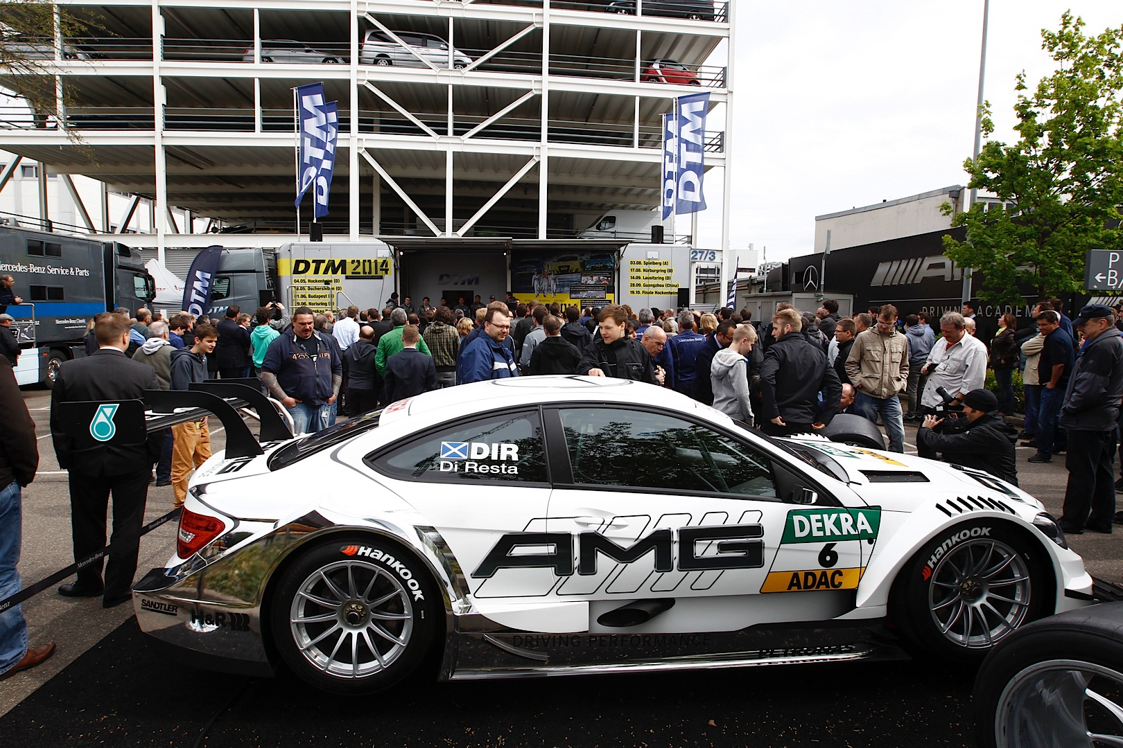 2014 dtm mercedes benz teams present themselves to for Mercedes benz employee salary