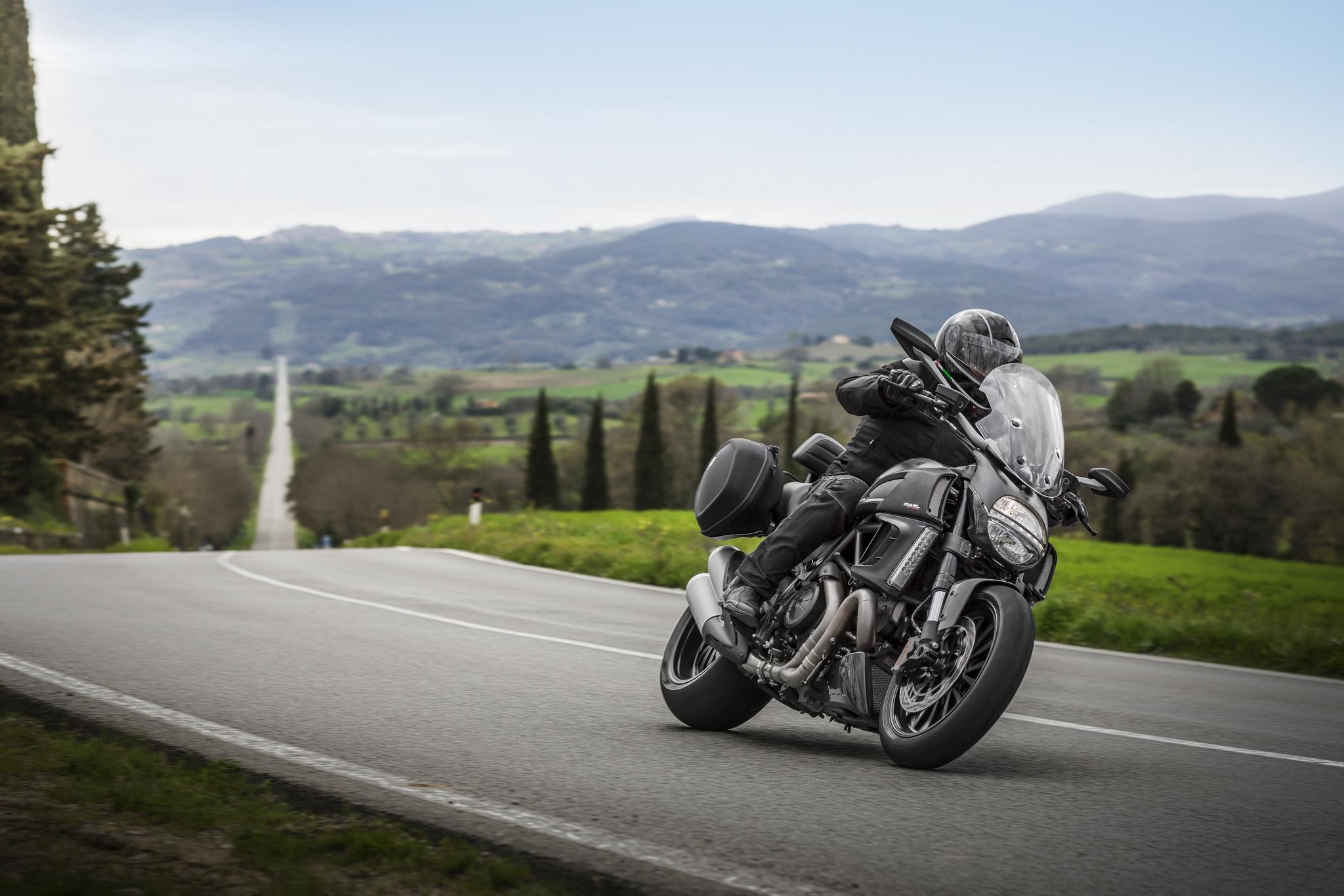 Мотоцикл Ducati море  № 3435416 без смс