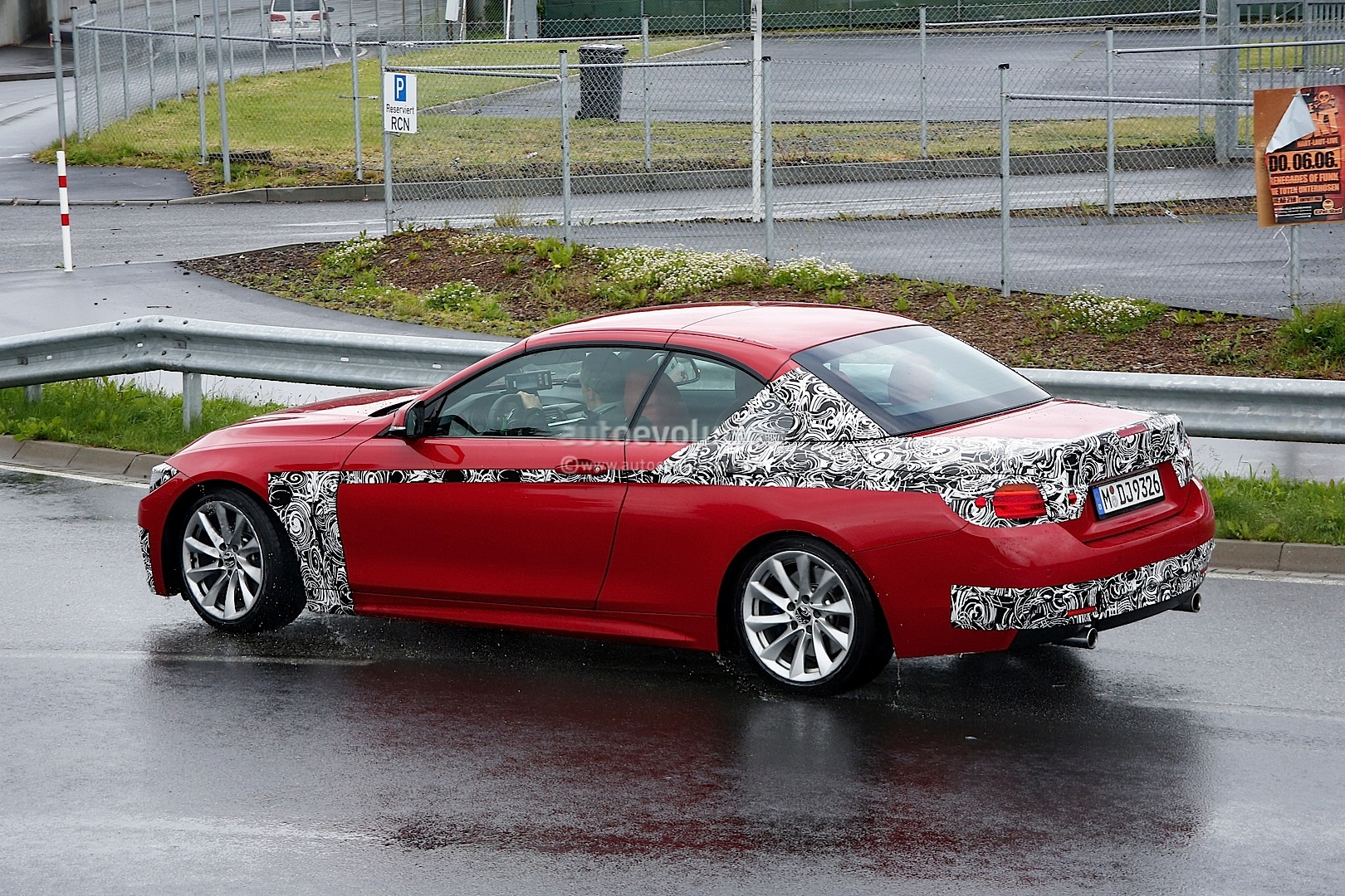 2014 f33 bmw 4 series convertible m sport spied autoevolution. Black Bedroom Furniture Sets. Home Design Ideas