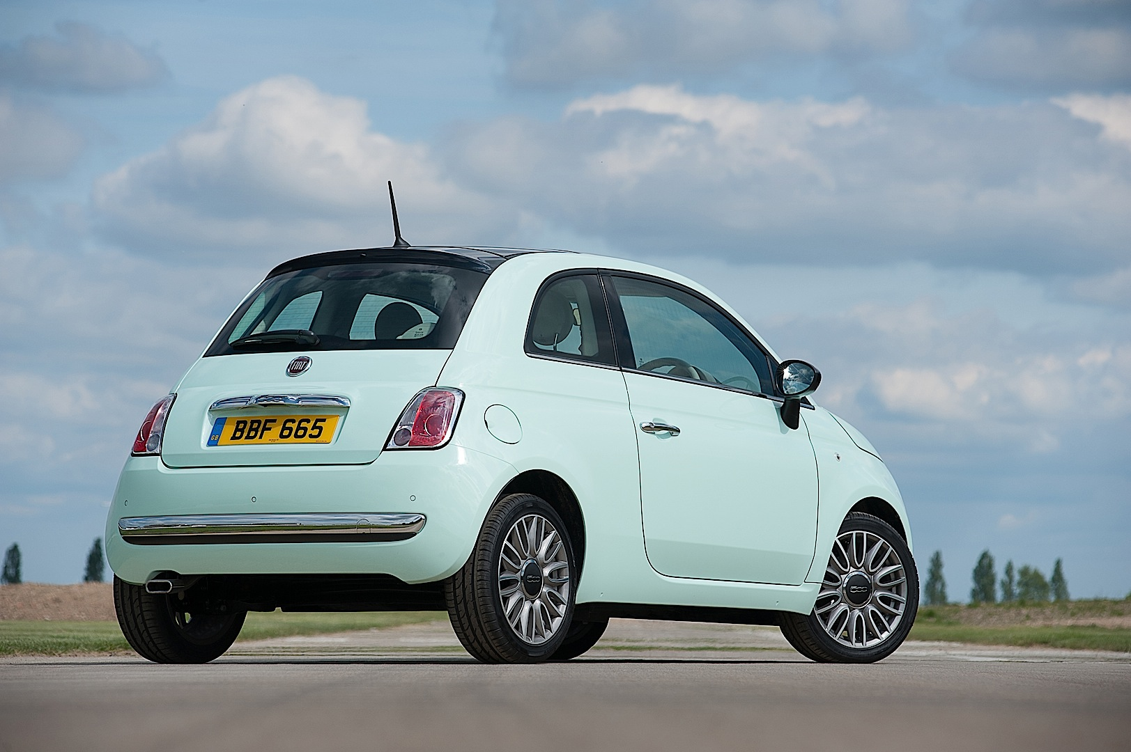 2014 Fiat 500 Uk Pricing Announced Autoevolution