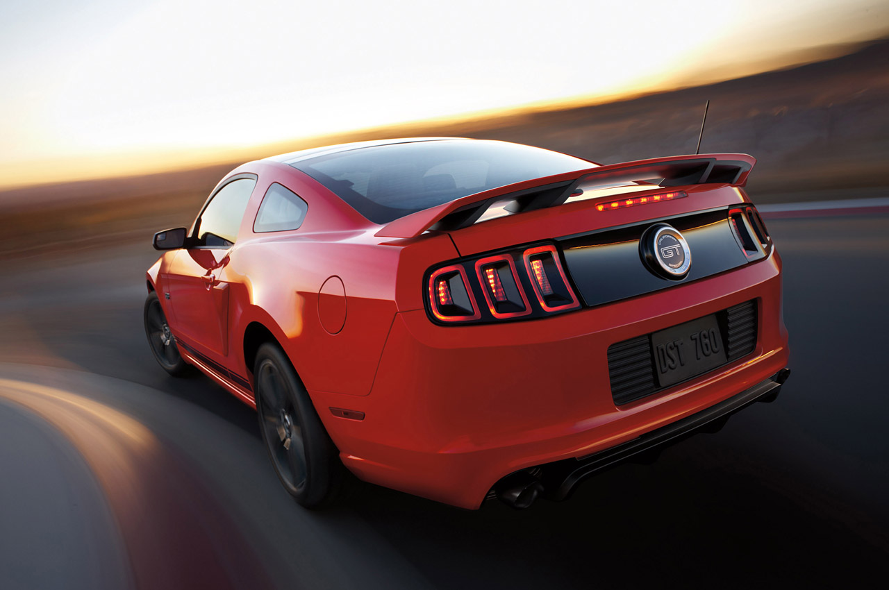 2014 ford mustang shelby gt500 new photos released autoevolution. Black Bedroom Furniture Sets. Home Design Ideas