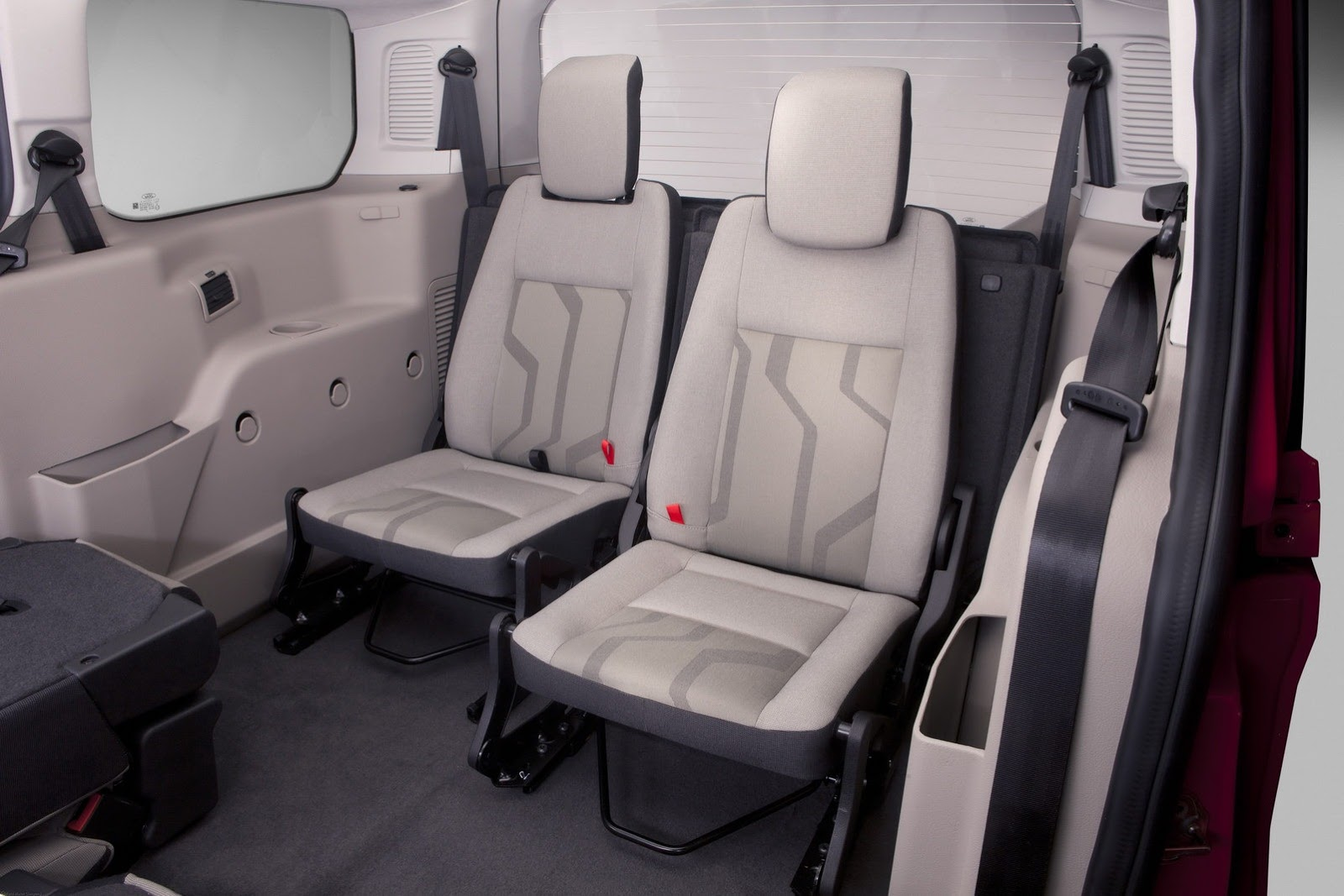 2014 ford transit connect wagon unveiled in la video autoevolution