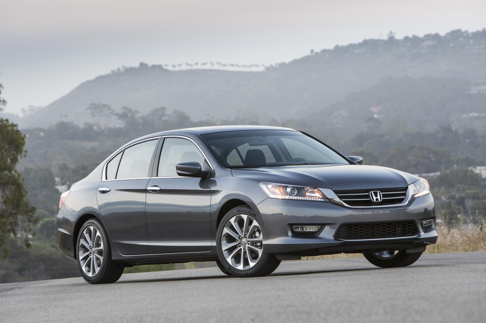 2014 honda accord unveiled autoevolution. Black Bedroom Furniture Sets. Home Design Ideas