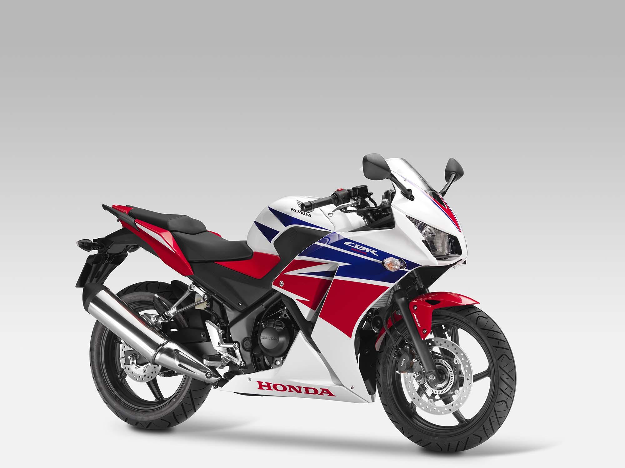 2014 Honda Cbr300r Replaces The Cbr250r Autoevolution