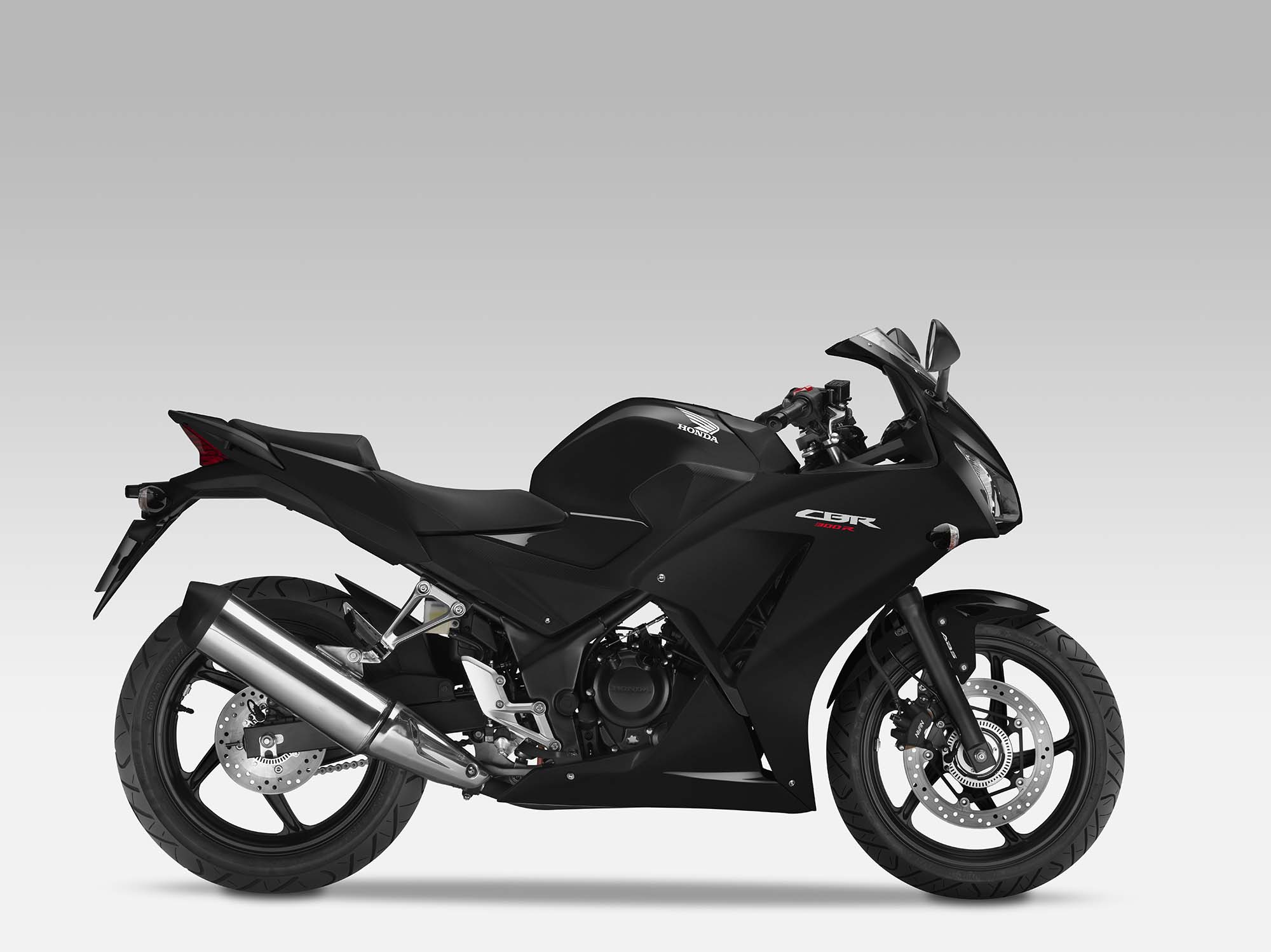 2014 Honda Cbr300r Replaces The Cbr250r Autoevolution