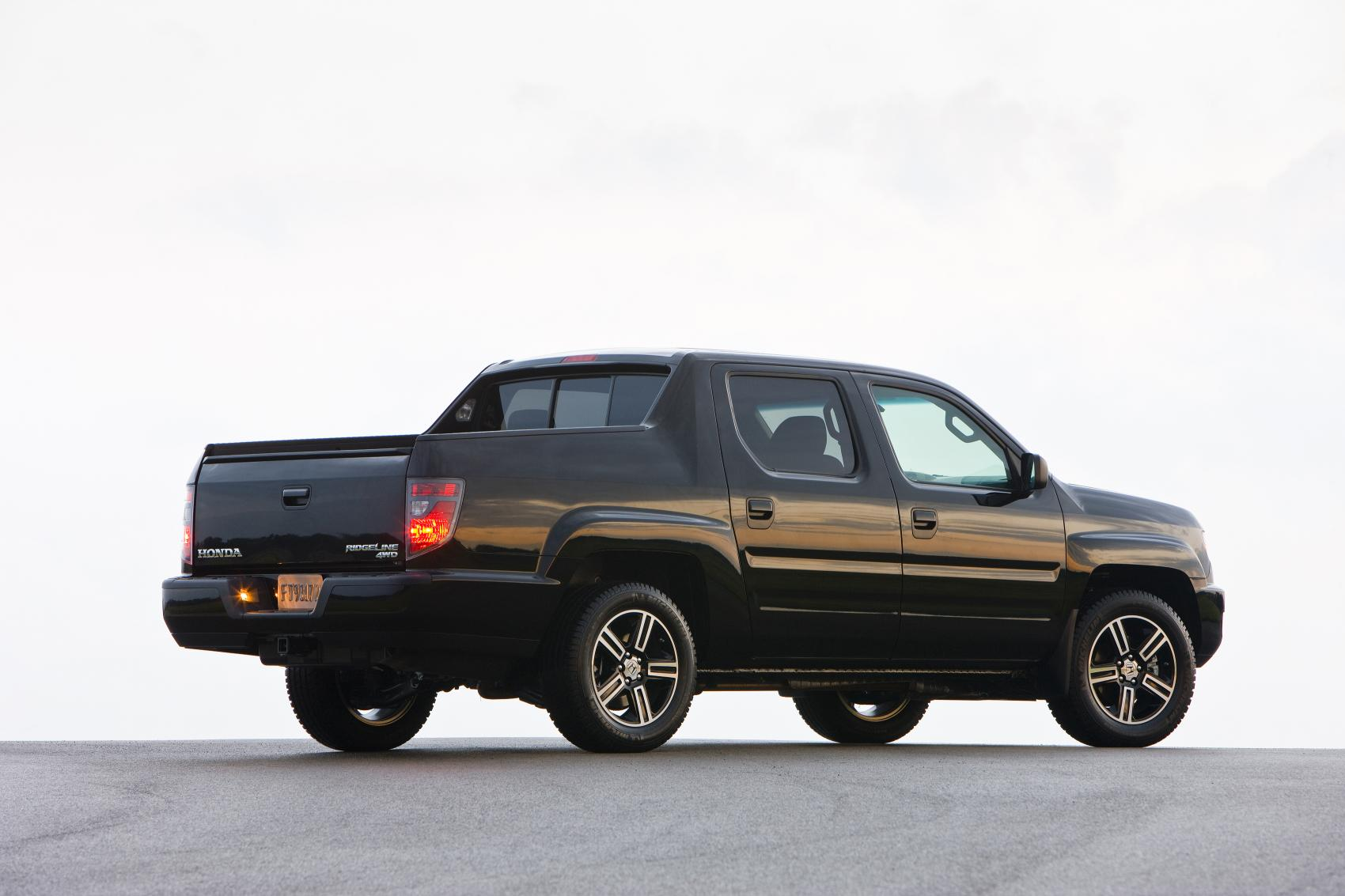 Toyota Tacoma Evolution >> 2014 Honda Ridgeline Pricing, New Special Edition Model Announced - autoevolution