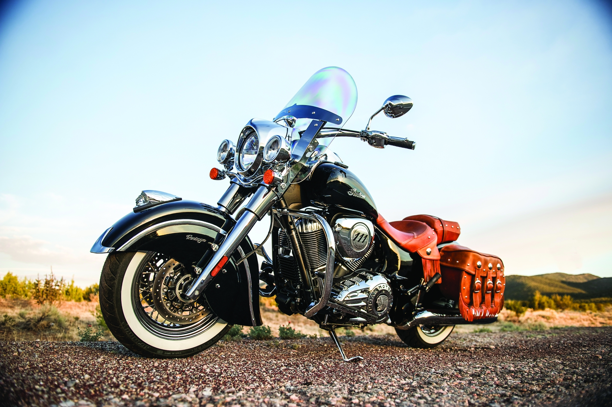 2014 Indian Chief Vintage Official Pictures - autoevolution