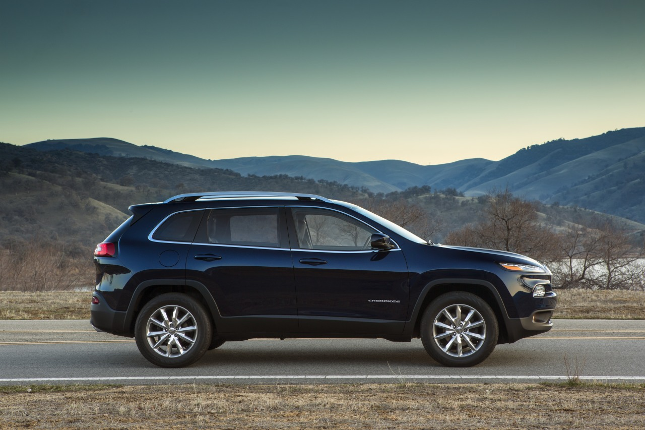 2014 Jeep Cherokee Becomes Liberty Light In China
