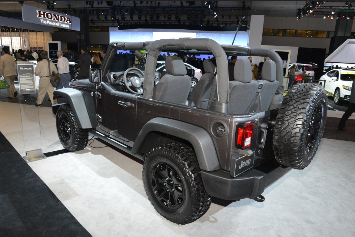 2014 jeep wrangler willys wheeler edition makes public debut in la live photos autoevolution