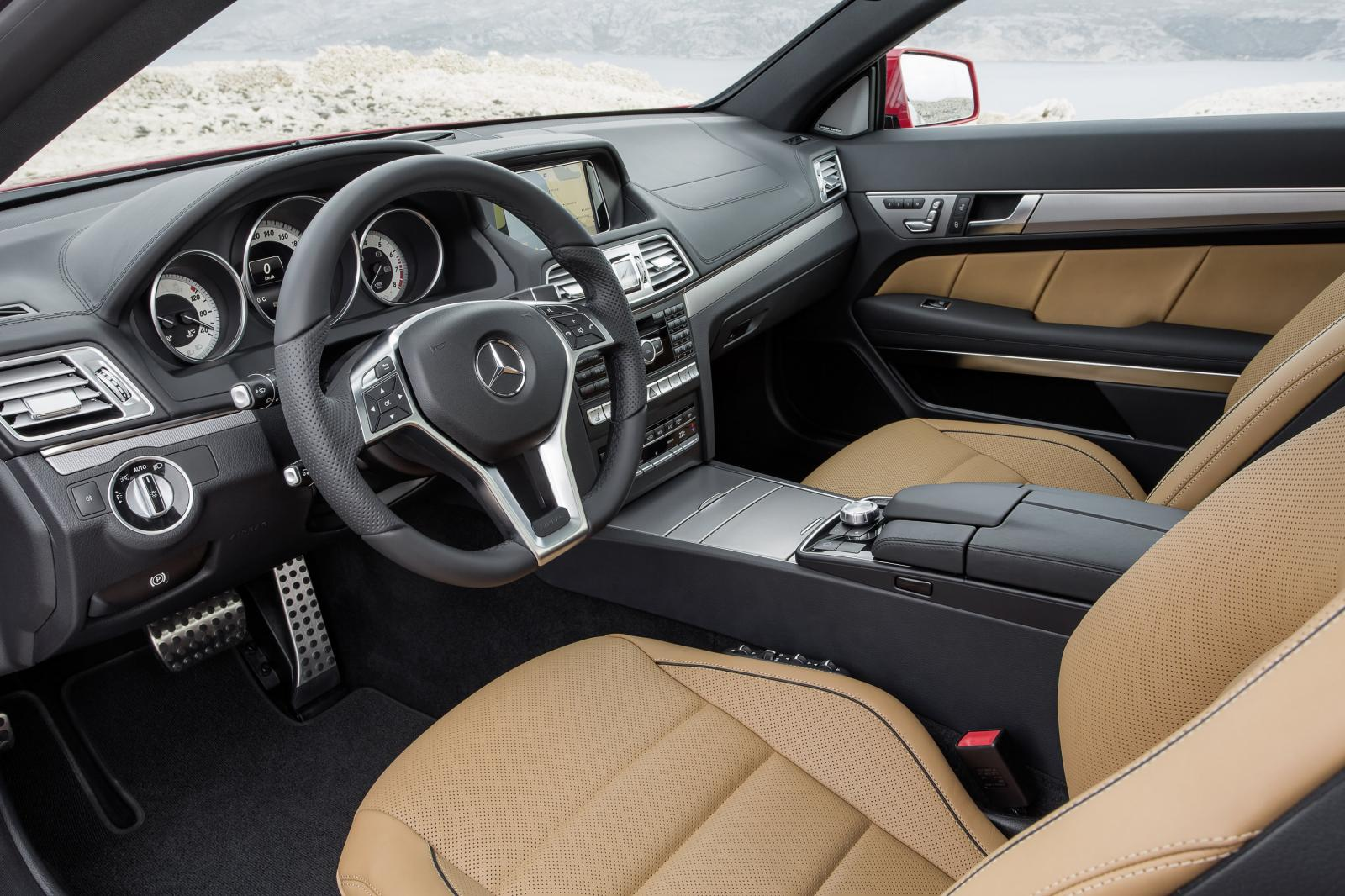 2014 mercedes benz e class coupe and cabriolet facelift for Classe e interieur 2016