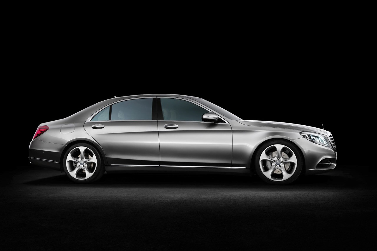 2014 mercedes benz s class official images leaked hours for Mercedes benz hours