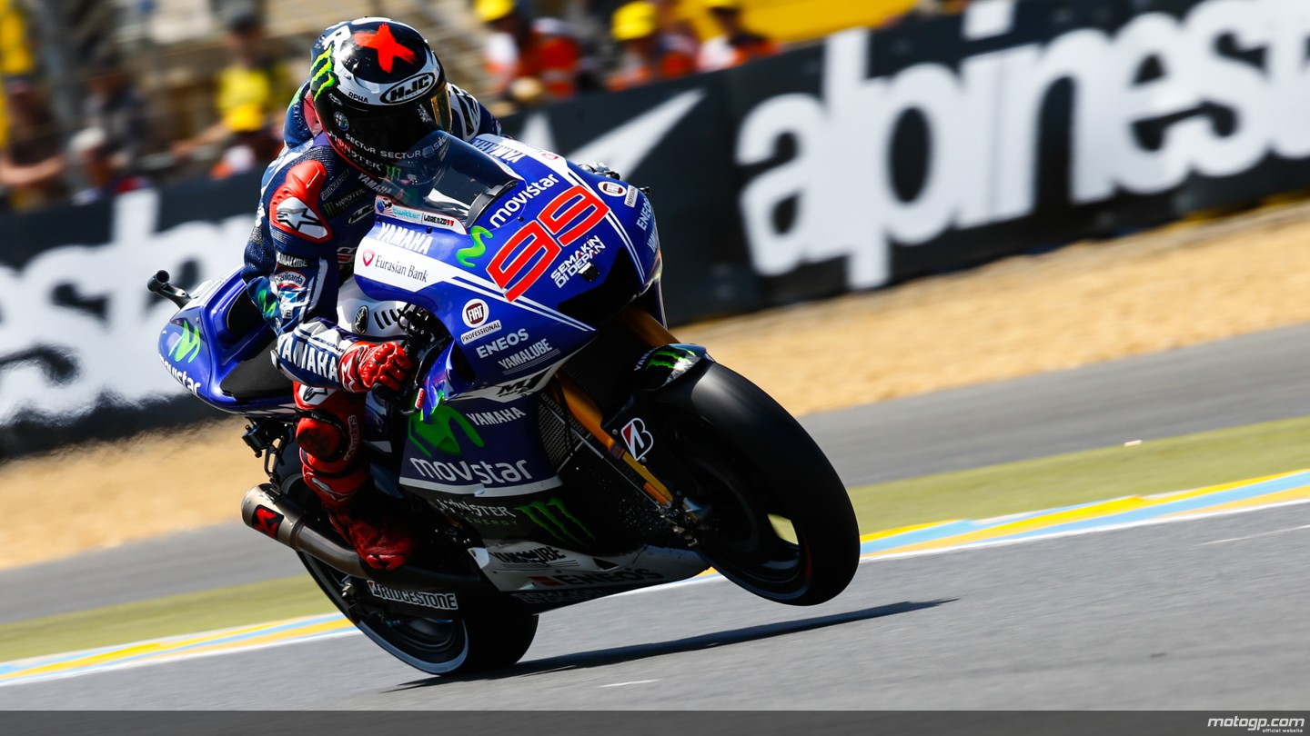 2014 MotoGP: Jorge Lorenzo Receives All-New Akrapovic Exhaust, Rossi Has to Wait - autoevolution