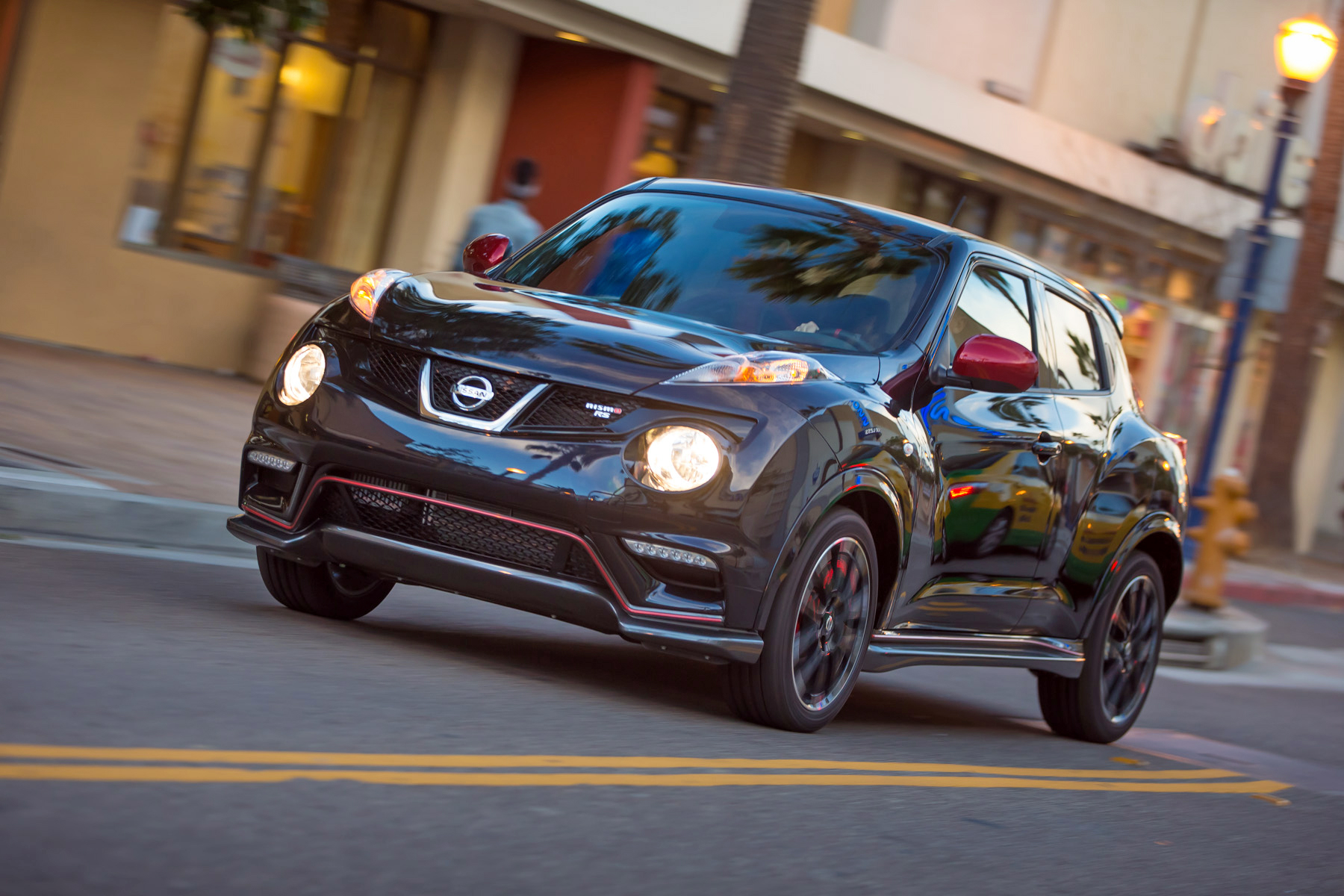 2014 nissan juke nismo rs costs as much as a subaru wrx autoevolution. Black Bedroom Furniture Sets. Home Design Ideas