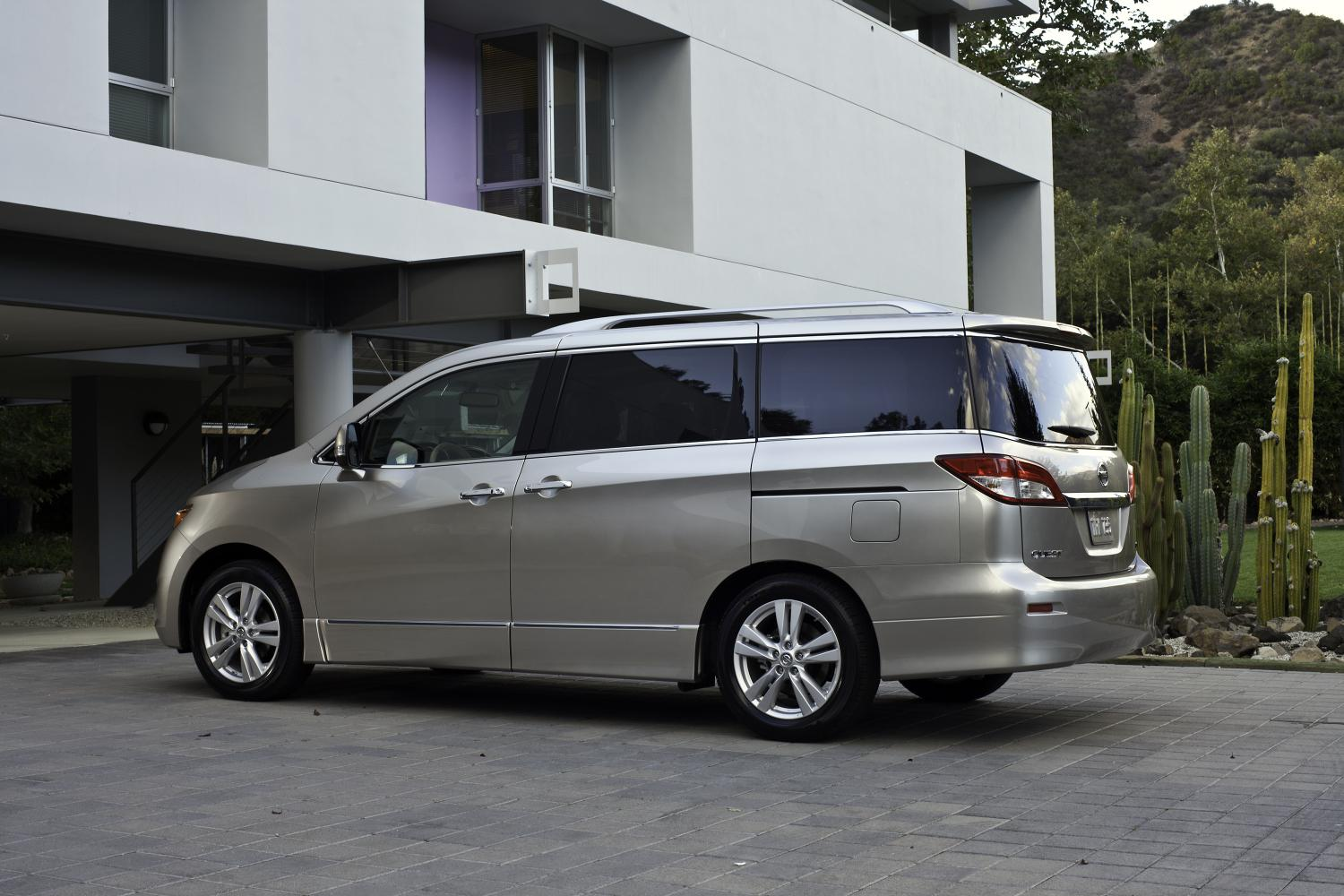 2014 nissan quest priced same as 2013 autoevolution