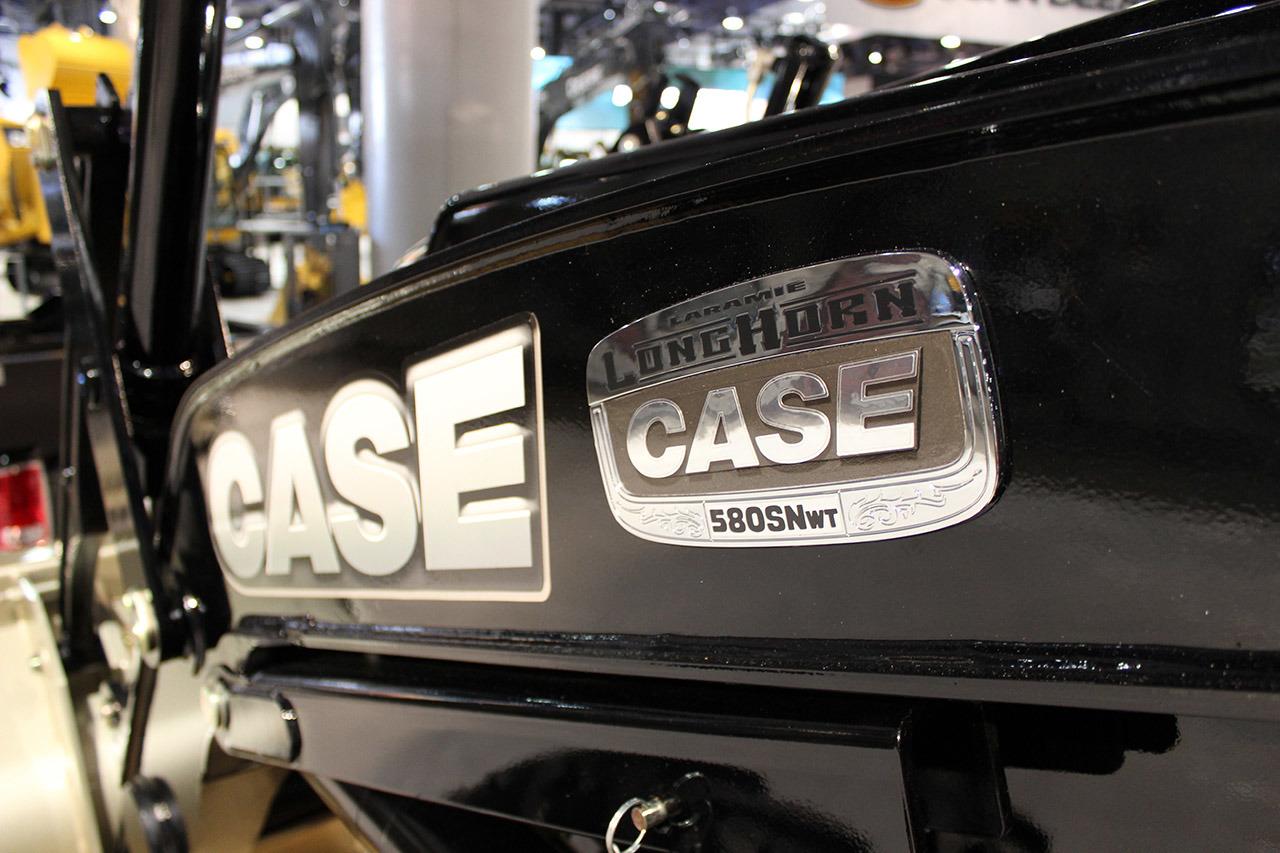 case 8 1 laramie 741-748 (1500 4x4) 733-737 (2500 4x2) (case ih red, new holland blue 2010 dodge ram 2500 laramie 2009 dodge ram 1500 st quad cab.
