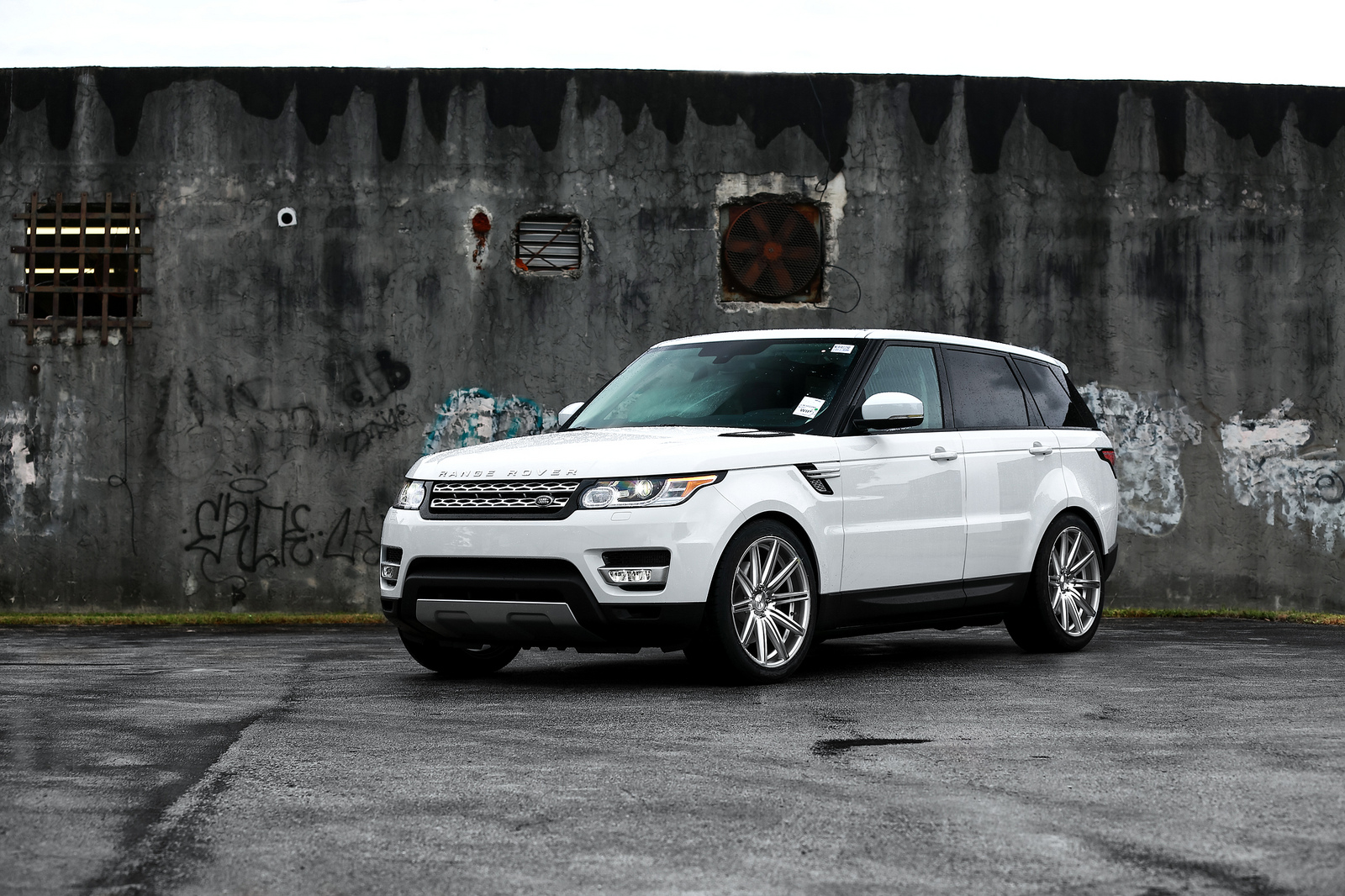 2014 range rover sport gets vossen wheels autoevolution. Black Bedroom Furniture Sets. Home Design Ideas