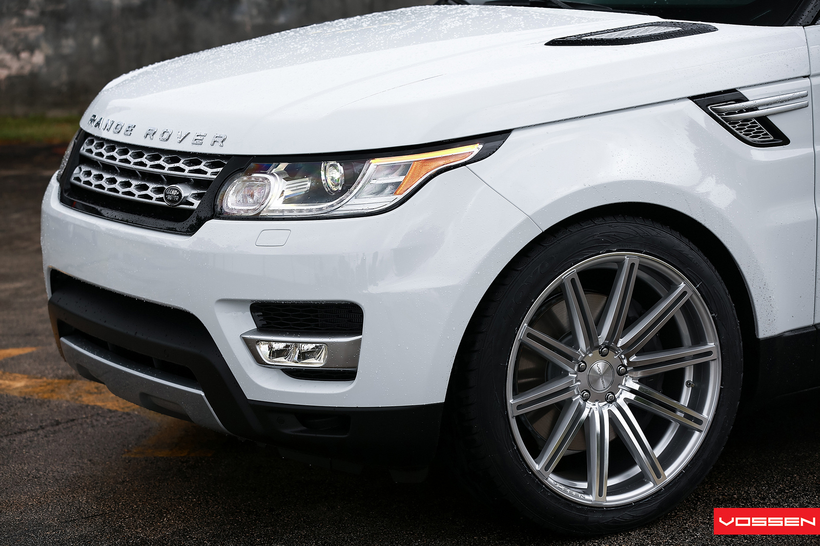 2014 Range Rover Sport Gets Vossen Wheels Autoevolution