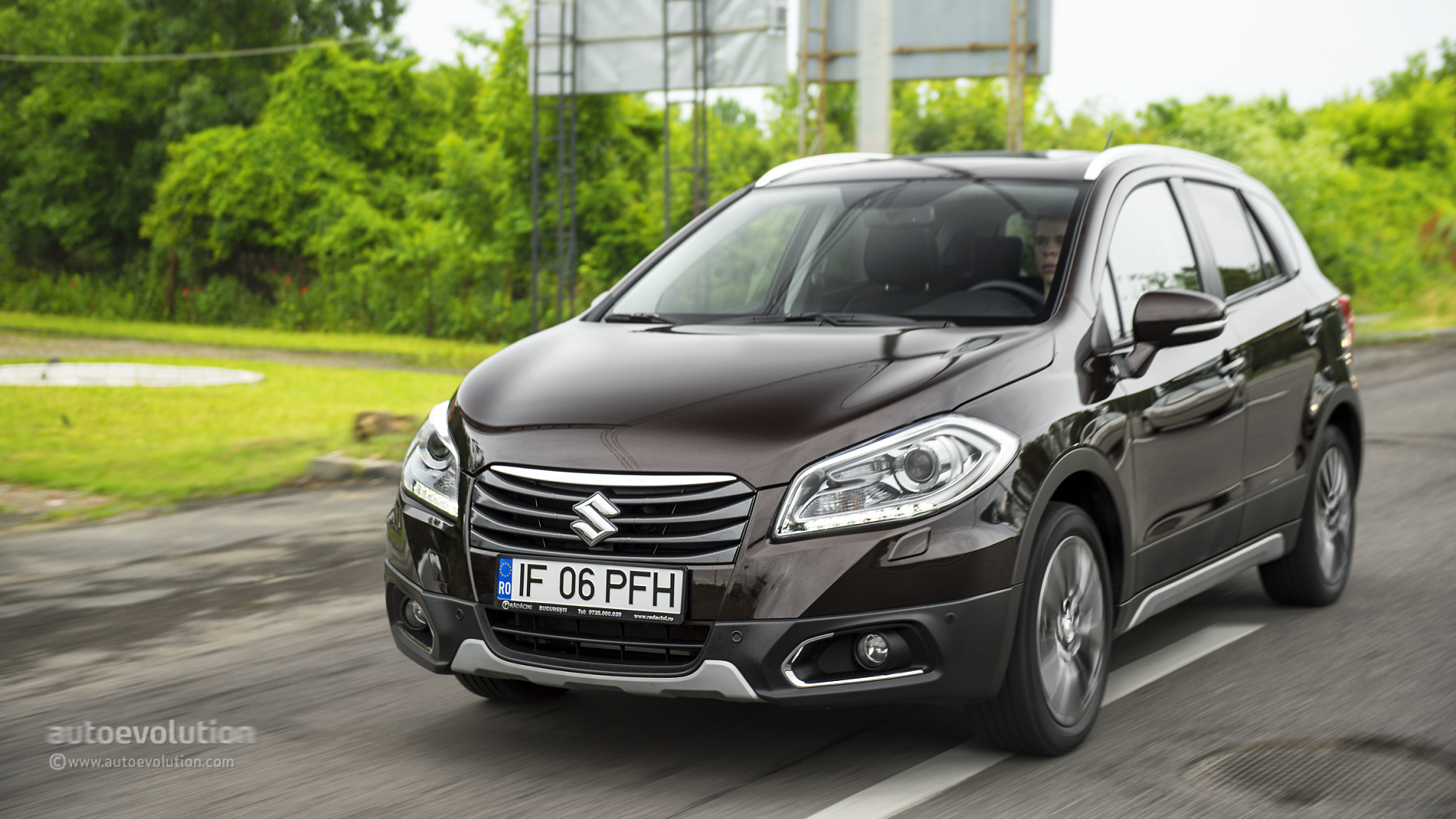 2014 Suzuki Sx 4 S Cross First Drive Autoevolution