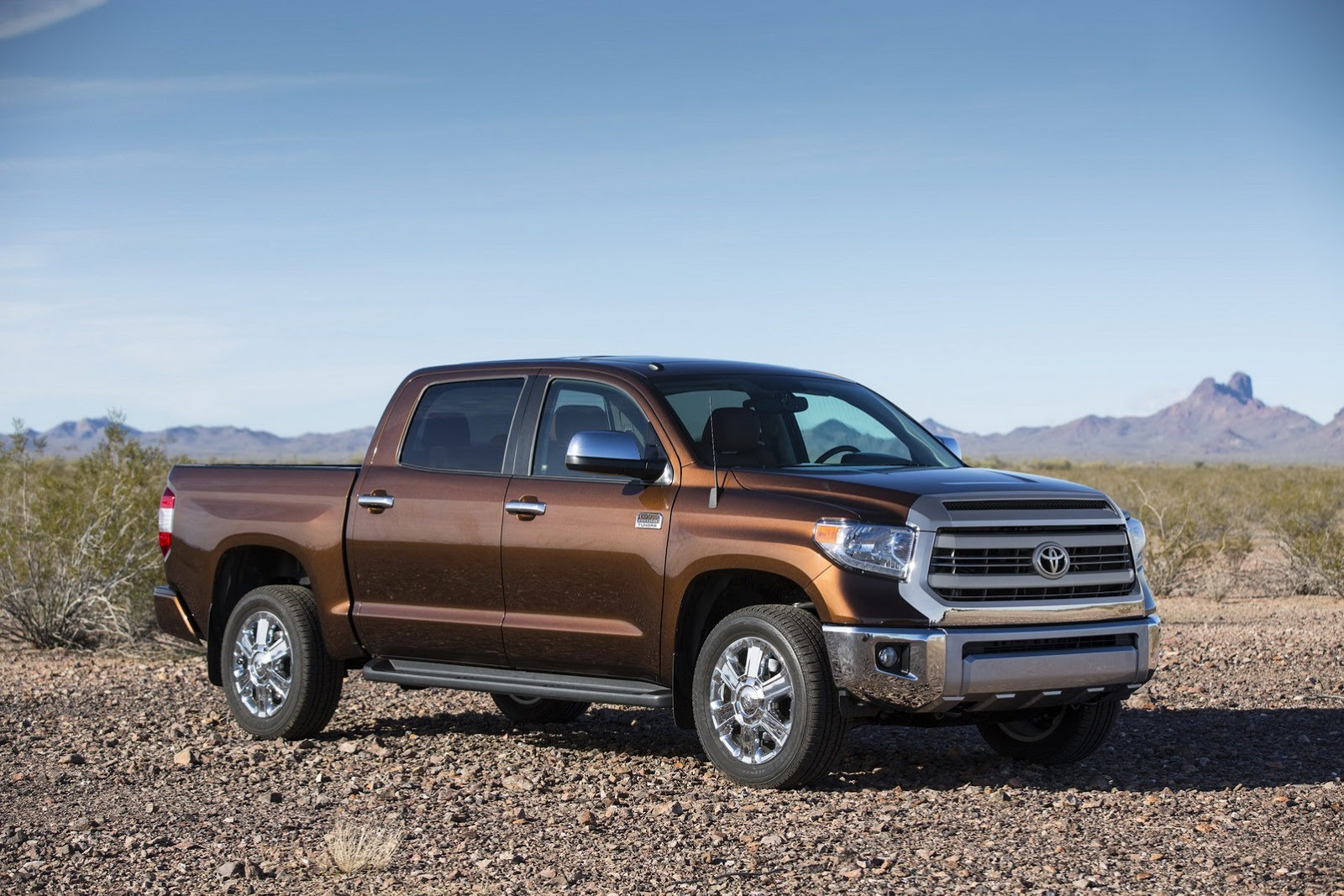 2014 Toyota Tundra Gets Redesigned Autoevolution