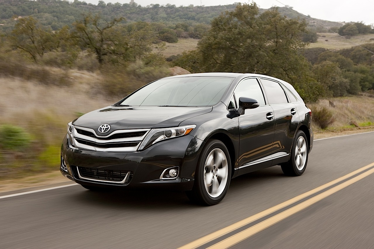 2014 toyota venza updates revealed autoevolution. Black Bedroom Furniture Sets. Home Design Ideas