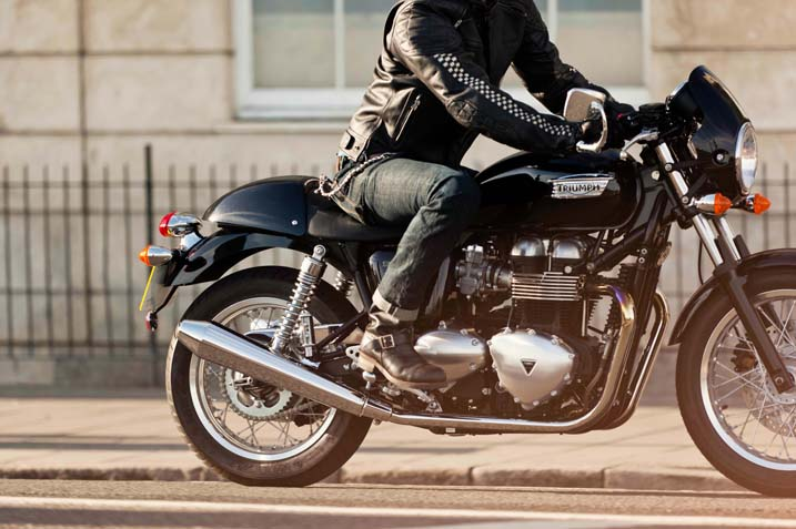 2014 Triumph Thruxton, the New Retro Cafe-Racer ...