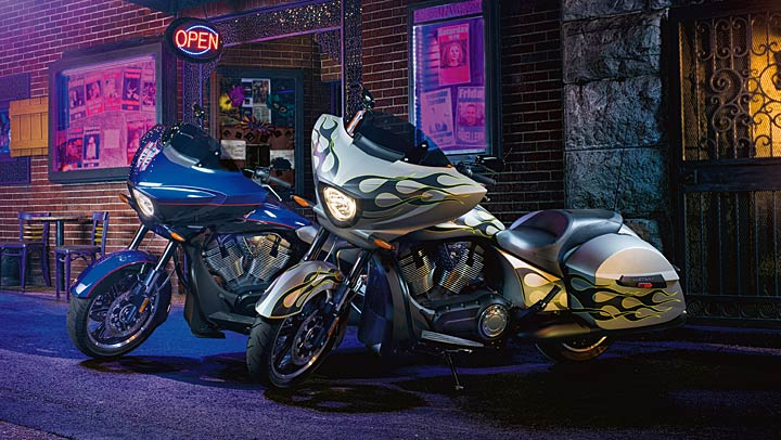 Safest Motorcycle Helmet >> 2014 Victory Cross Country New Color Line-Up - autoevolution