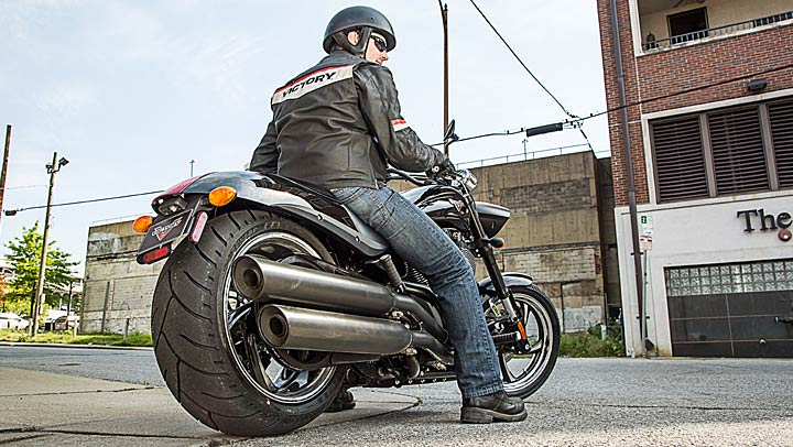 Victory Hammer 8 Ball Review Victory Motorcycles Hammer 8