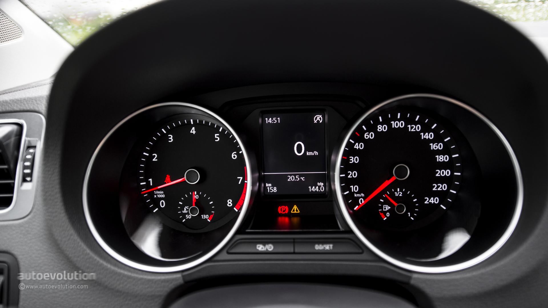 2014 Volkswagen Polo 12 Tsi First Drive Autoevolution