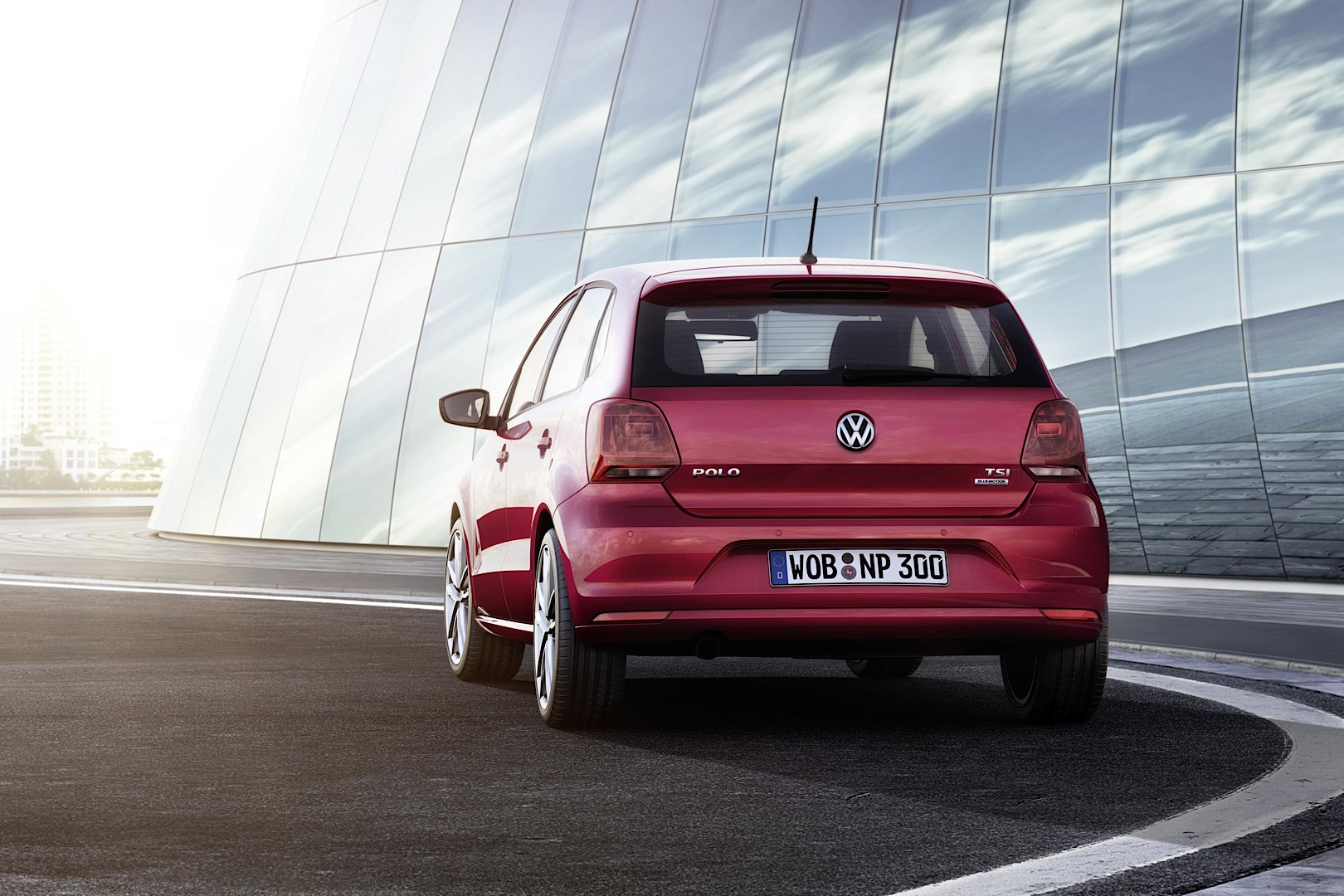 2014 Volkswagen Polo Facelift: Exterior Changes - autoevolution
