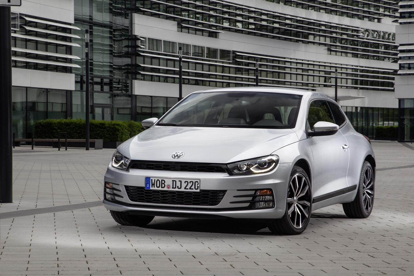 2014 Volkswagen Scirocco Coupe Facelift Launched Details