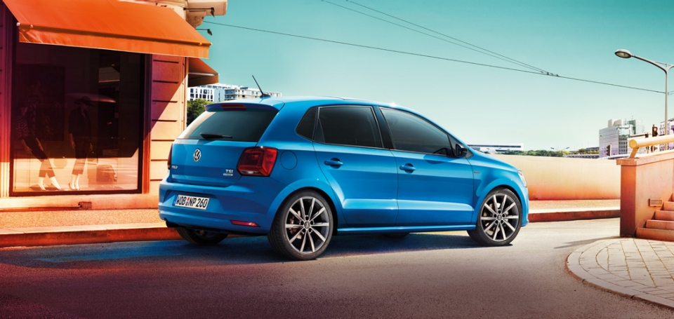 2014 VW Polo Priced in Germany, Gets New Photos, Brochure ... Volkswagen Golf Gti Interior