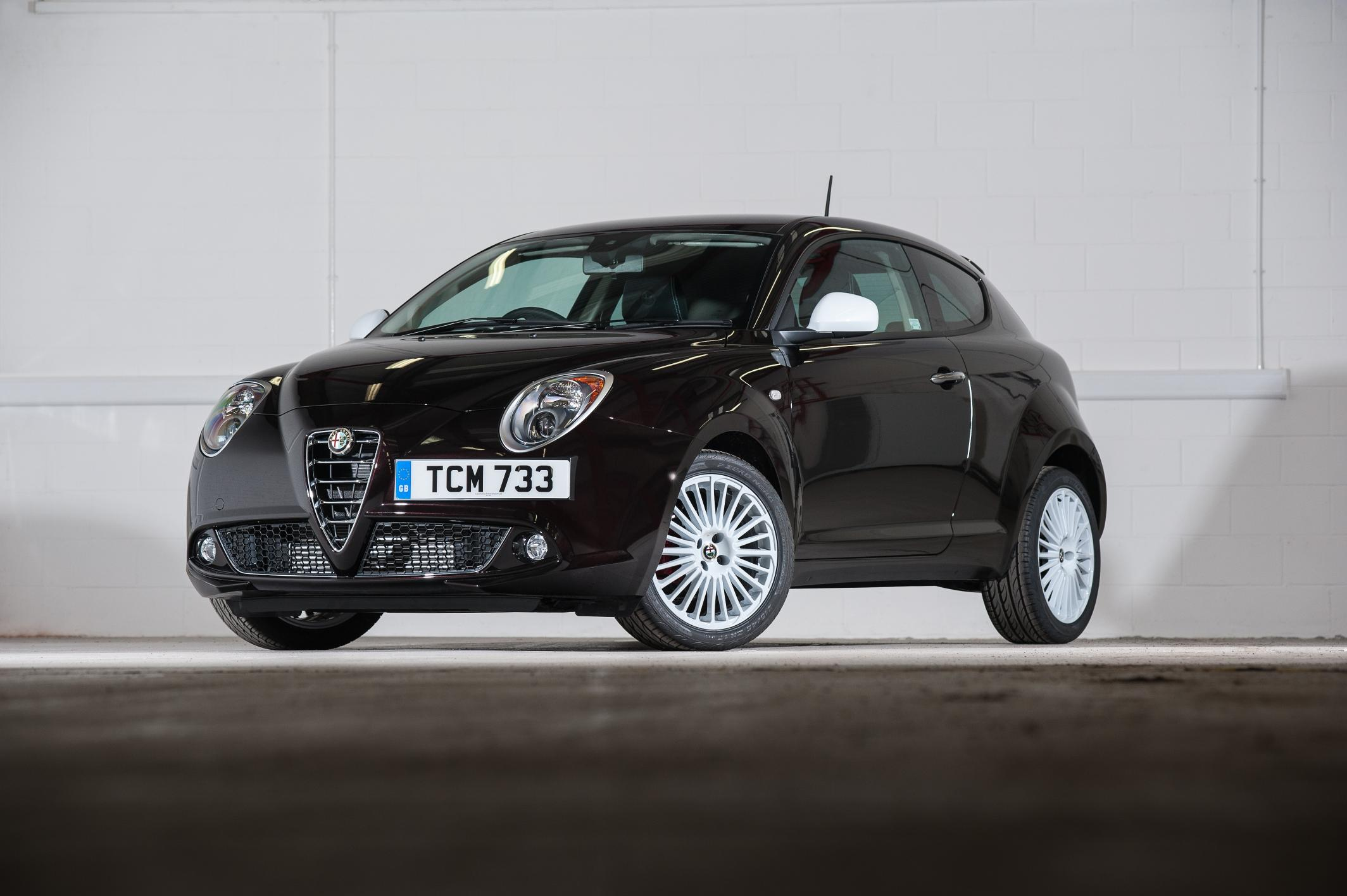 2015 alfa romeo mito junior priced for the uk autoevolution. Black Bedroom Furniture Sets. Home Design Ideas
