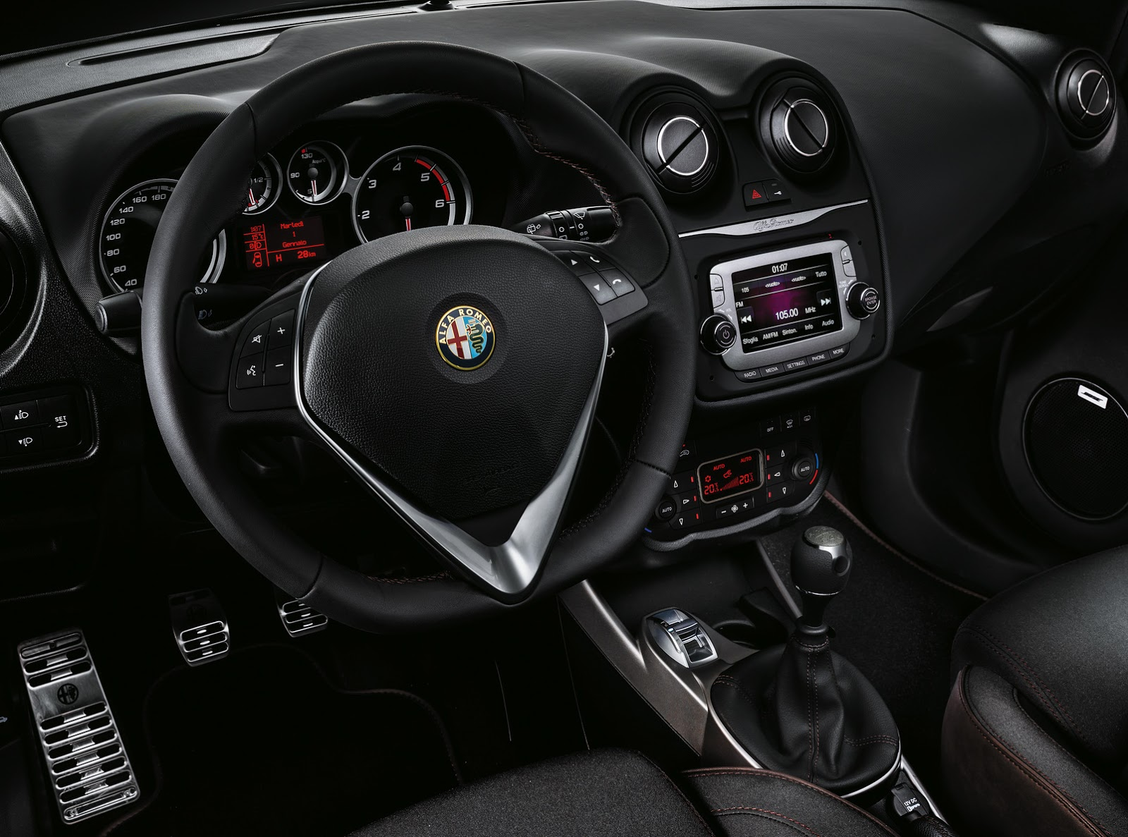 2015 alfa romeo mito racer is a smart dresser with no muscle autoevolution. Black Bedroom Furniture Sets. Home Design Ideas