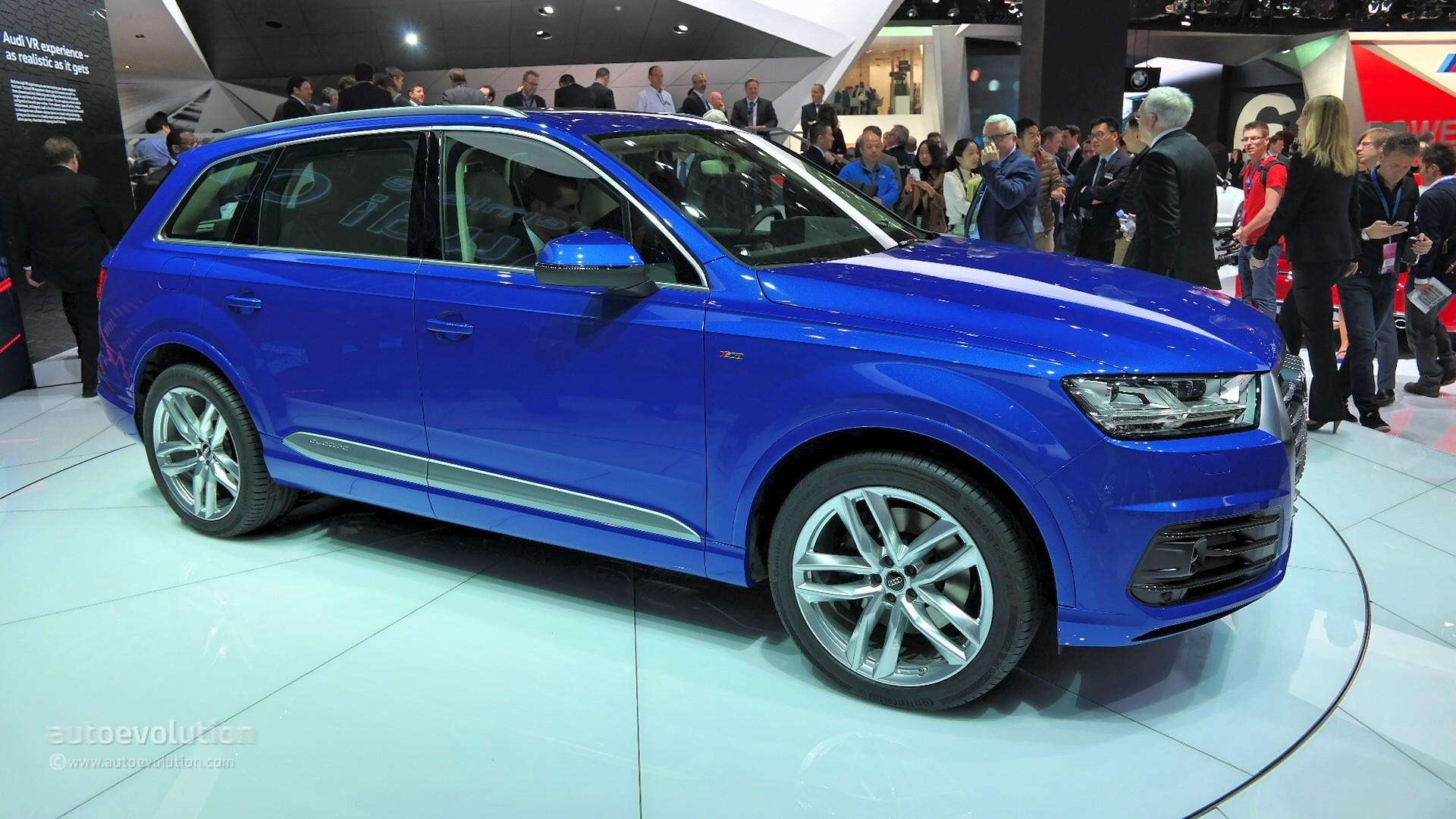 2015 audi q7 coming to uk with 272 hp diesel and 7 seats. Black Bedroom Furniture Sets. Home Design Ideas