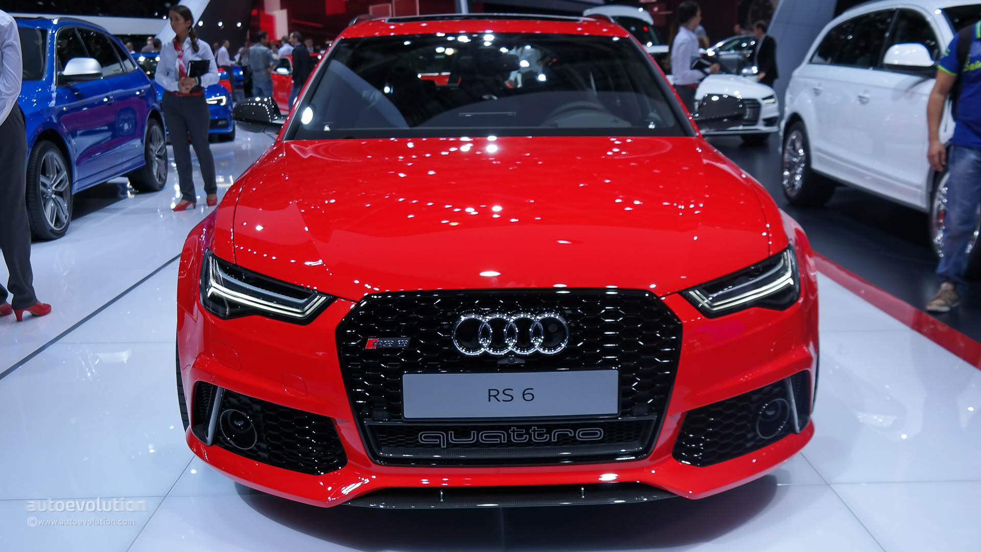 2015 Audi Rs6 Is A Refreshed Super Wagon In Paris Live Photos Autoevolution