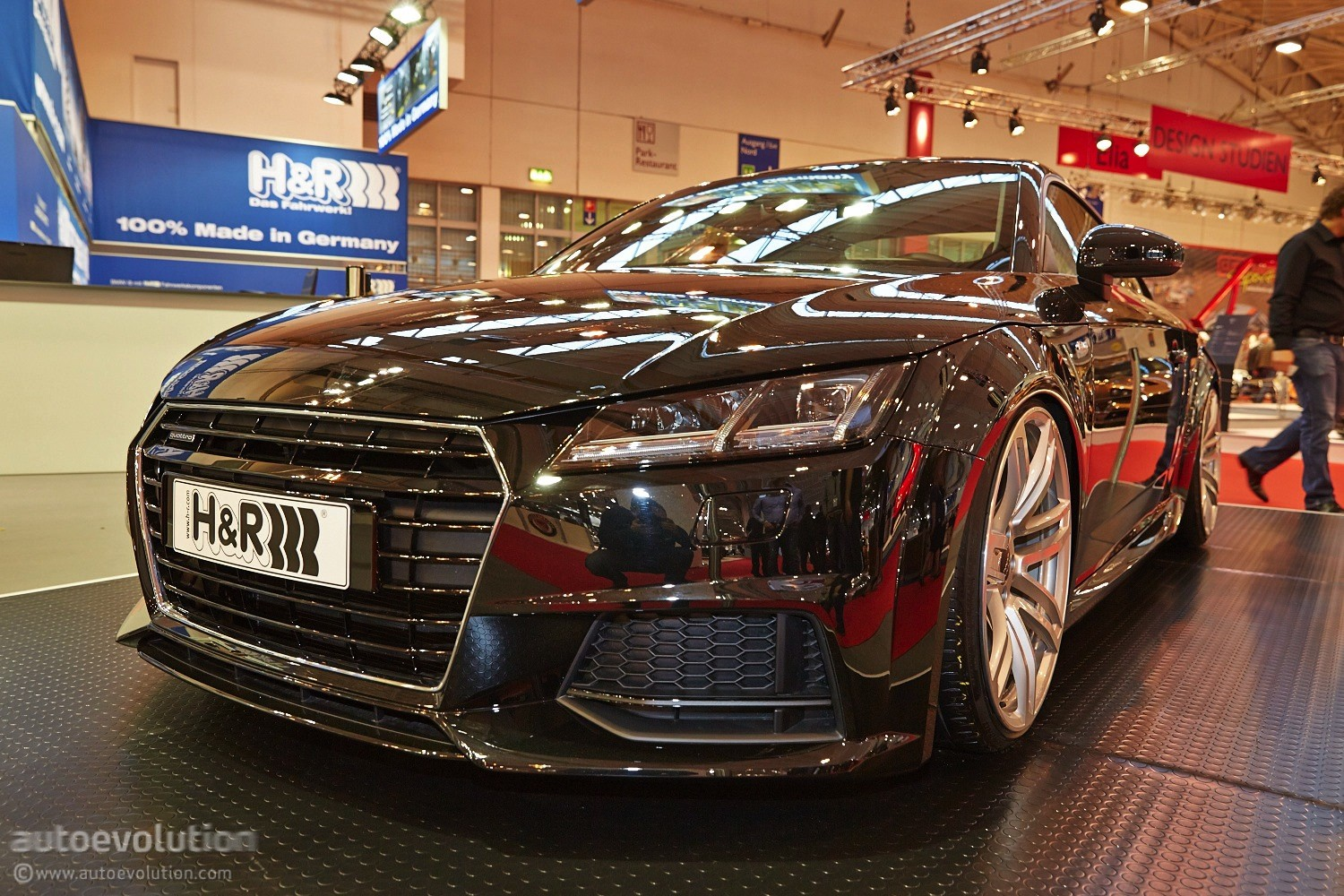 2015 audi tt debuts with performance lowering springs from h r in essen live photos. Black Bedroom Furniture Sets. Home Design Ideas