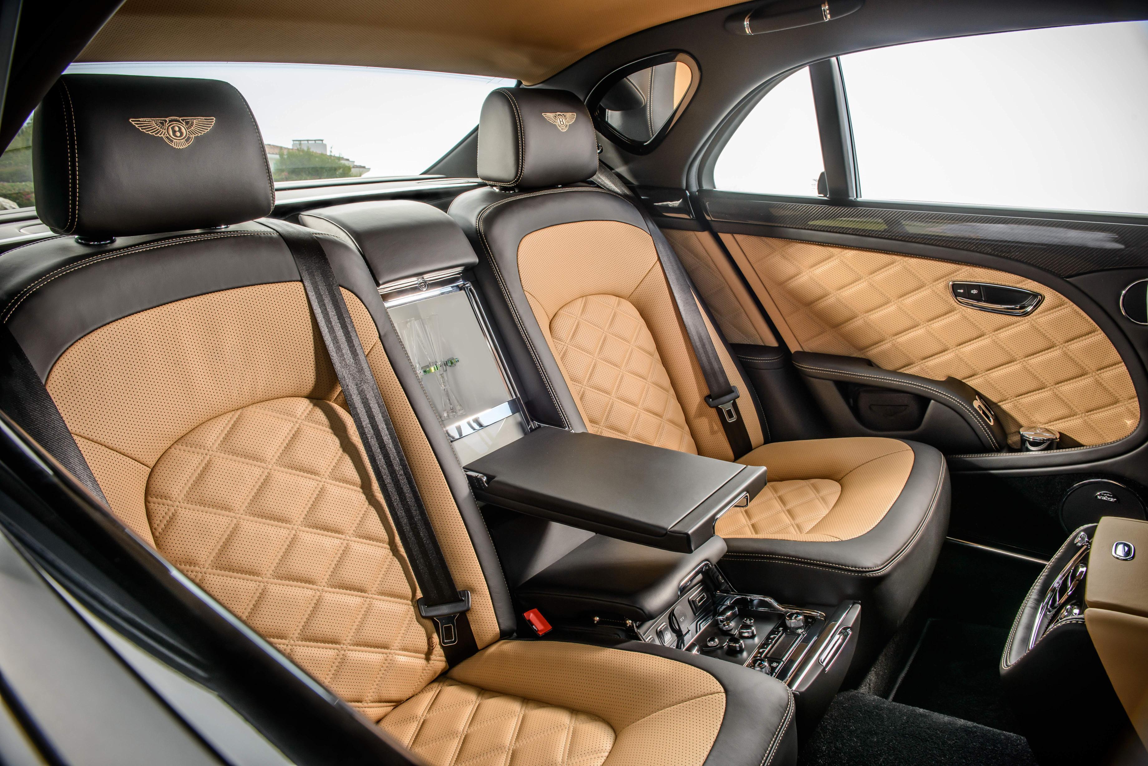 Задние сиденья Bentley Mulsanne Speed 2015 года