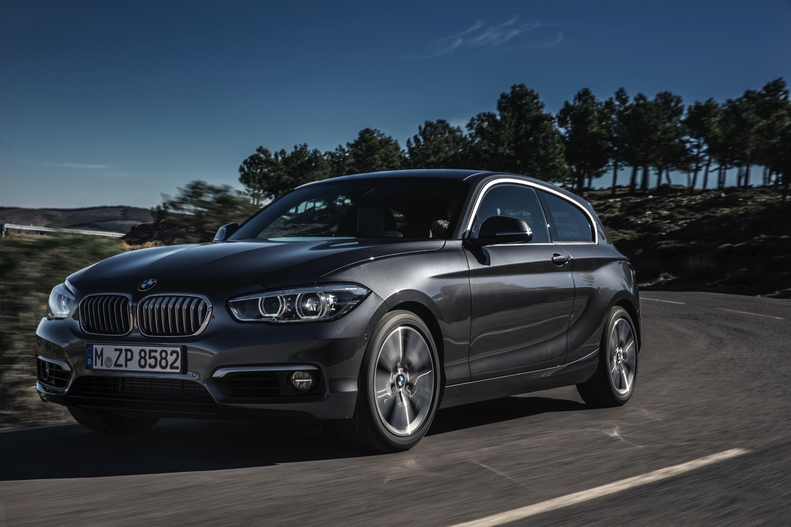 2015 bmw 1 series facelift engine guide 5 new diesels first 3 cylinder mills autoevolution. Black Bedroom Furniture Sets. Home Design Ideas