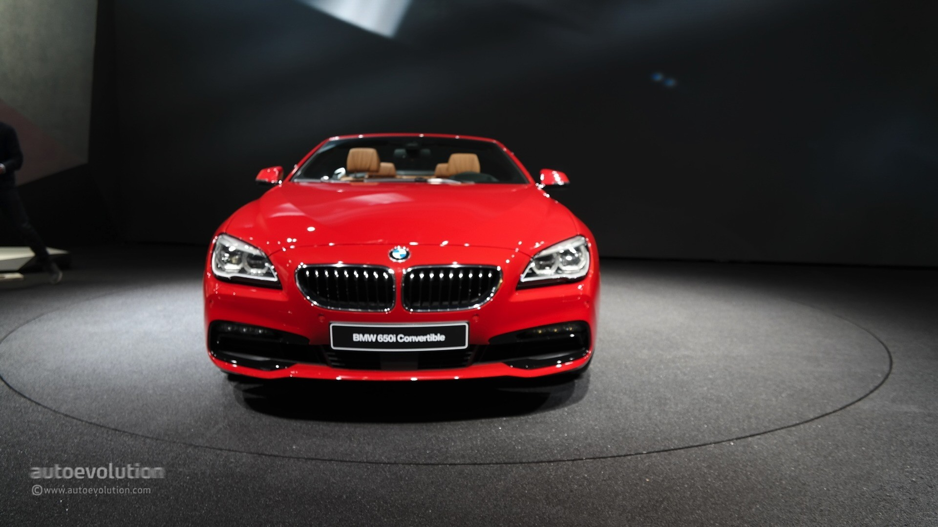 2015 BMW 6 Series Facelift Coupe and Gran Coupe Show Class at