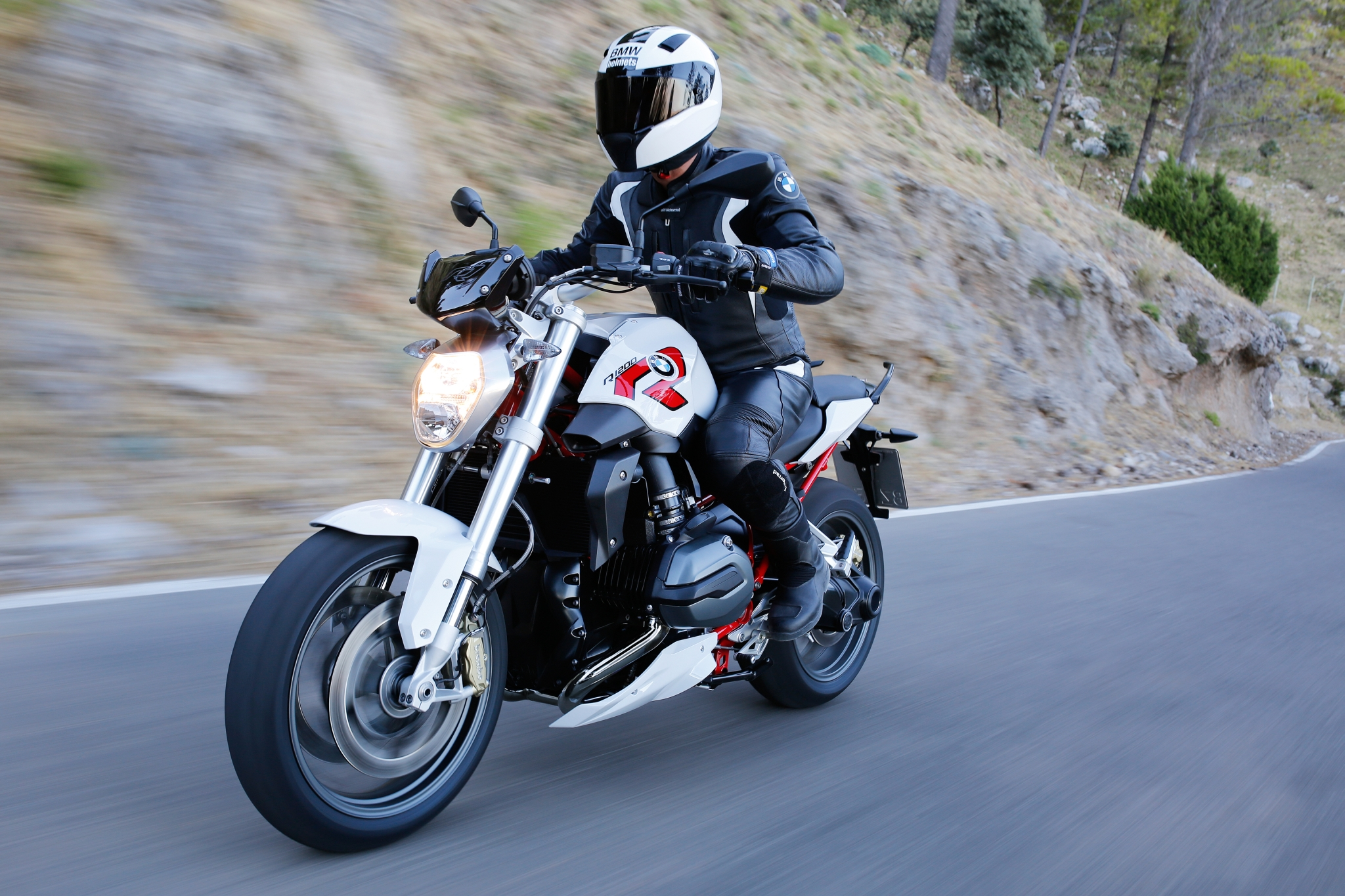 2015 BMW R1200R in 170+ Pictures - autoevolution