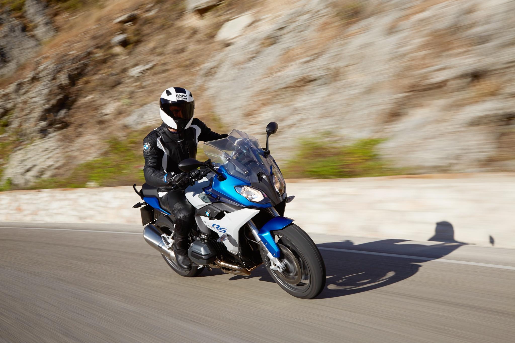 менее фото на мотоцикле бмв в селе иллюстрировании поста легко