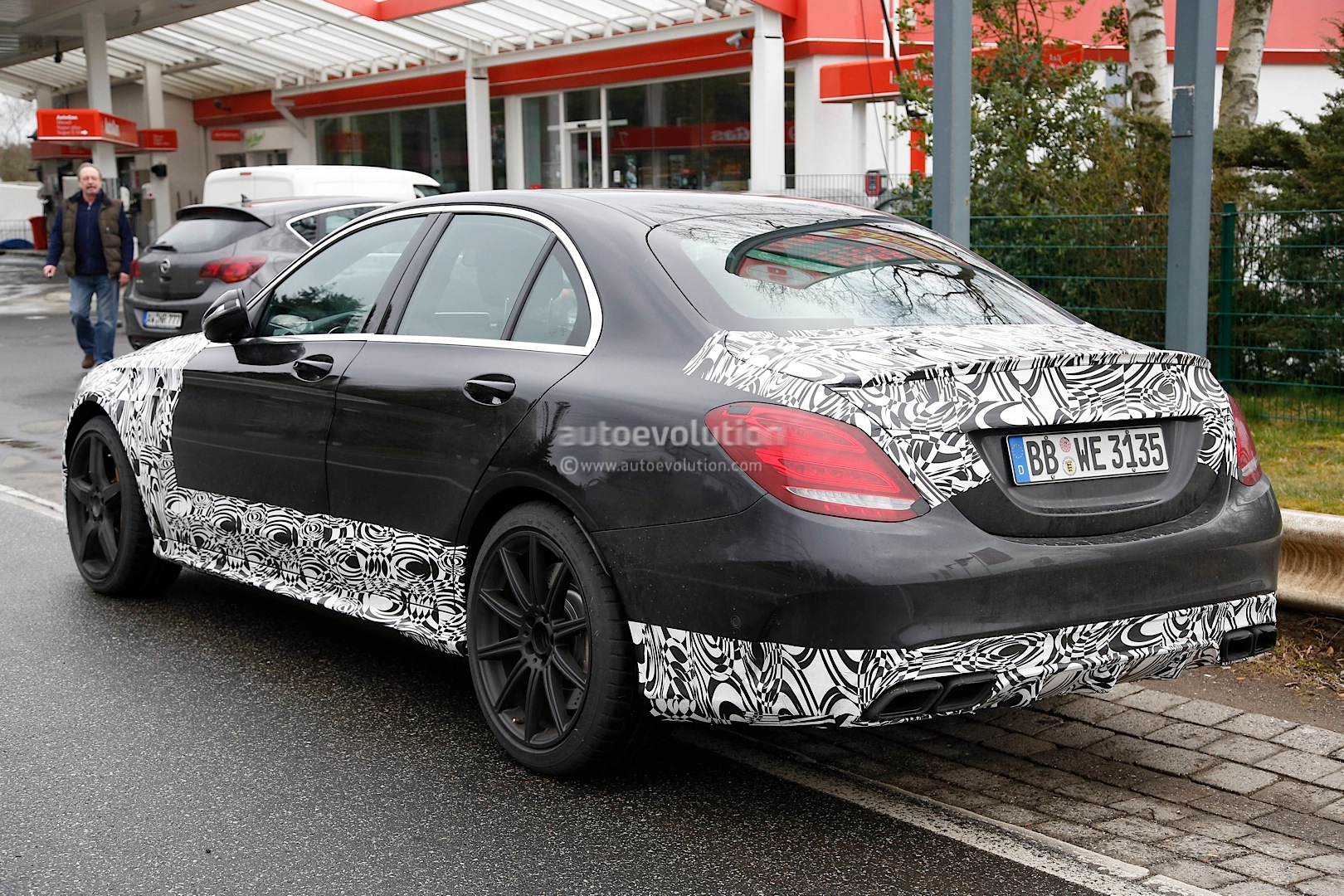 2015 c63 amg getting ready to fight the m3 in a twin turbo battle royale autoevolution. Black Bedroom Furniture Sets. Home Design Ideas