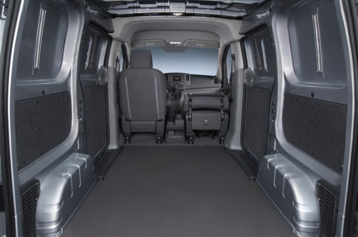2015 chevrolet city express unveiled autoevolution. Black Bedroom Furniture Sets. Home Design Ideas