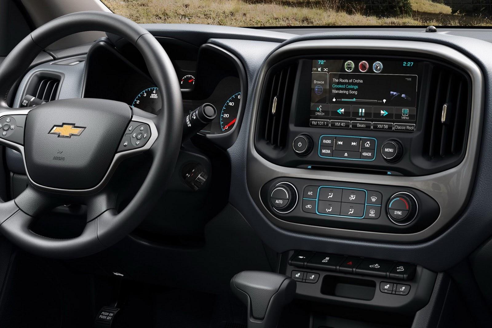 2015 Chevrolet Colorado Breaks Cover In La Autoevolution
