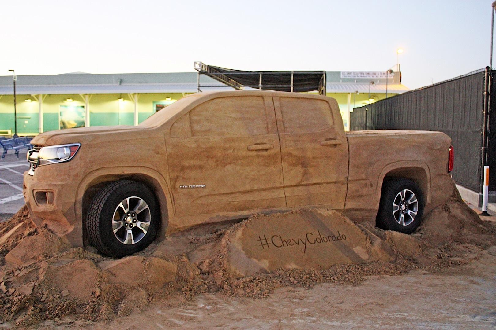 2015 Chevrolet Colorado Gets A Sand Sculpture Autoevolution