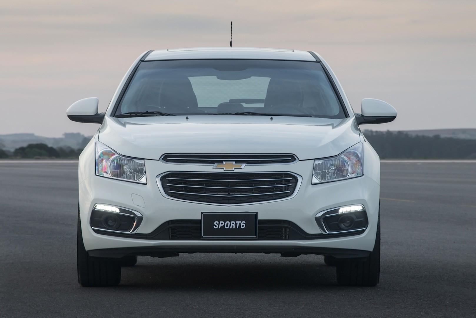2015 chevrolet cruze sport6 hatch launched in brazil - autoevolution
