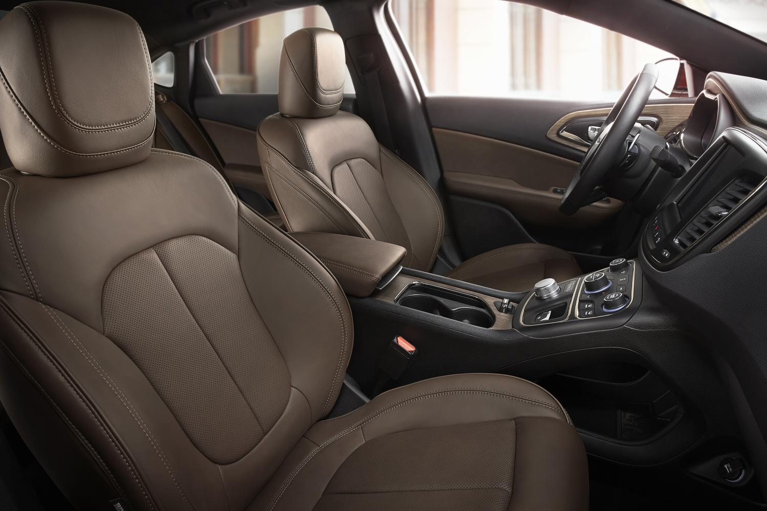 2015 chrysler 200 mocha leather option